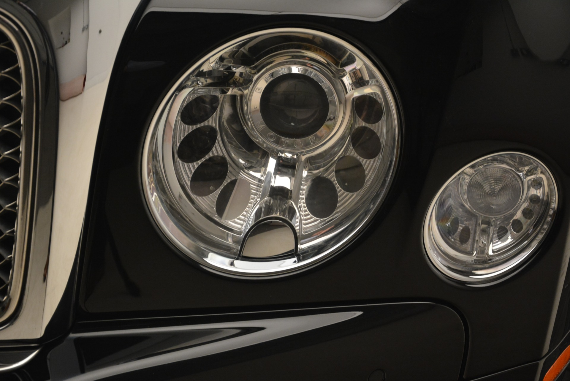 Used 2016 Bentley Mulsanne  For Sale In Westport, CT 2189_p15
