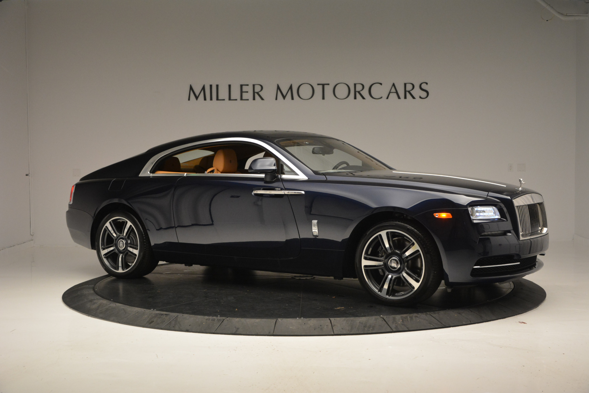 Used 2016 Rolls-Royce Wraith  For Sale In Westport, CT 219_p7