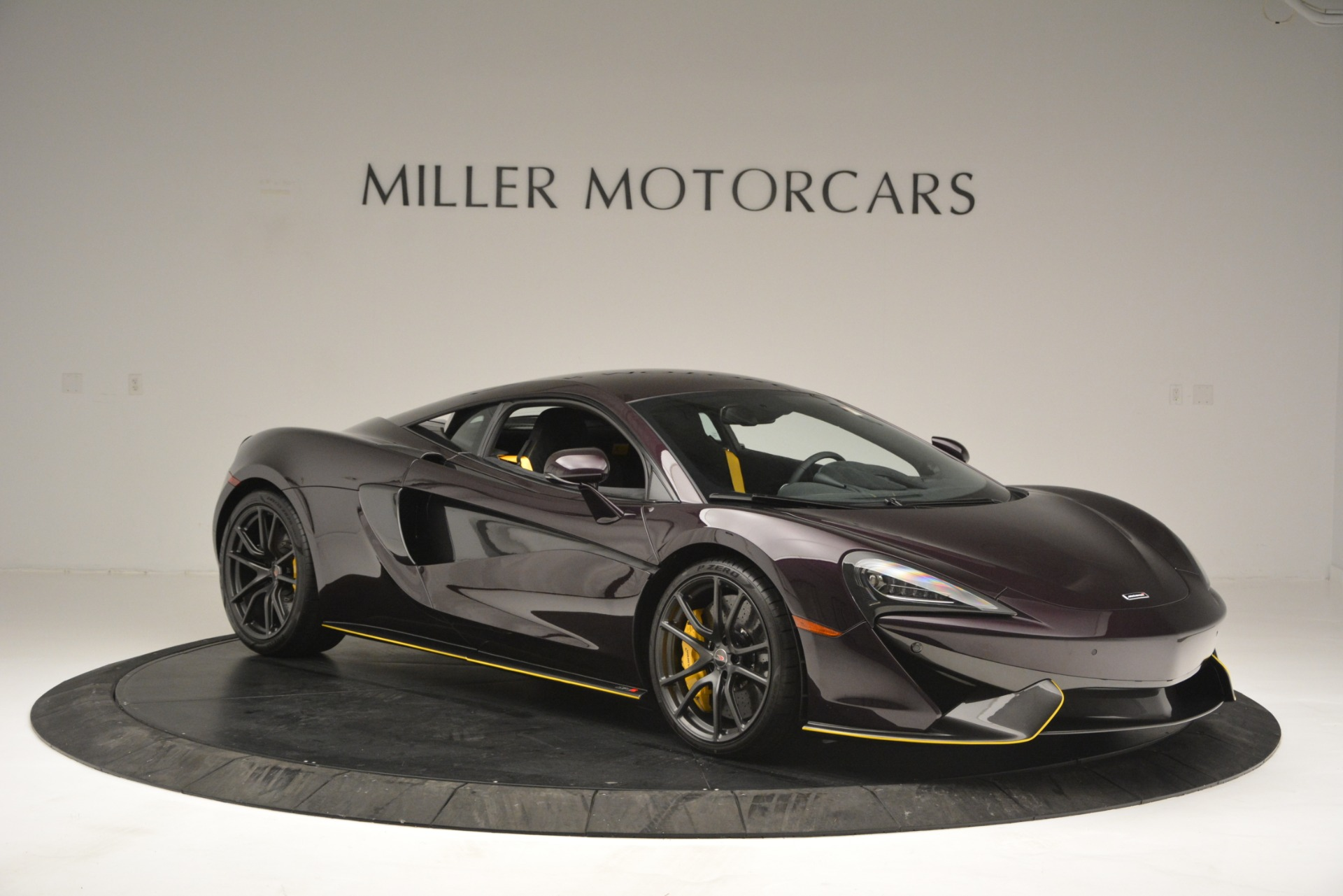 Used 2018 McLaren 570S  For Sale In Westport, CT 2204_p10