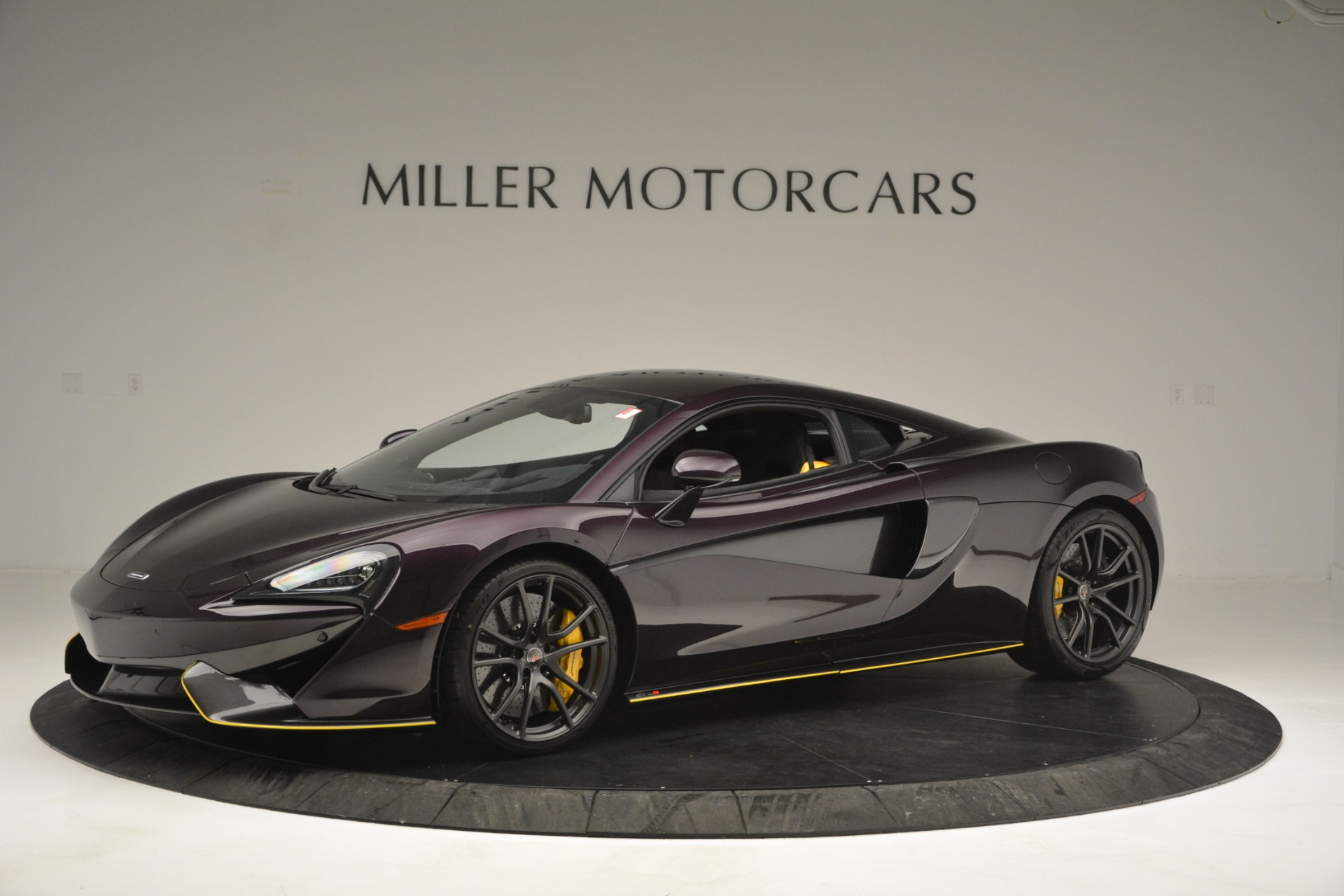 Used 2018 McLaren 570S  For Sale In Westport, CT 2204_p2