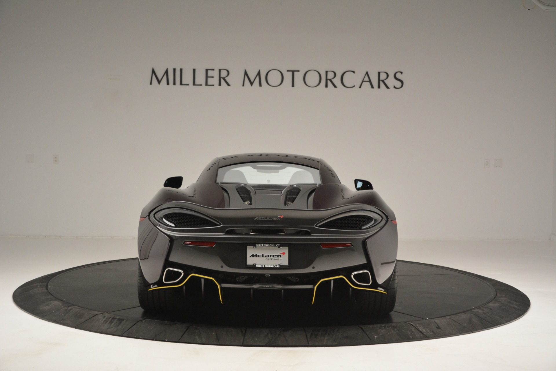 Used 2018 McLaren 570S  For Sale In Westport, CT 2204_p6