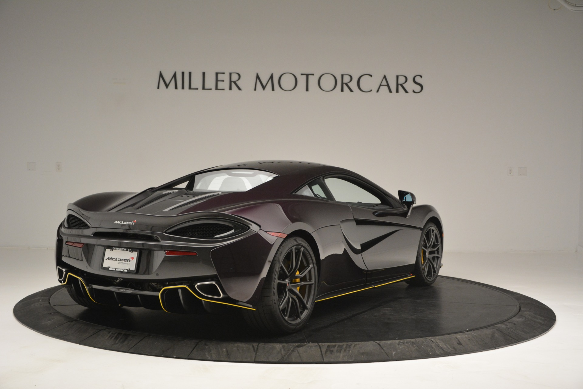 Used 2018 McLaren 570S  For Sale In Westport, CT 2204_p7