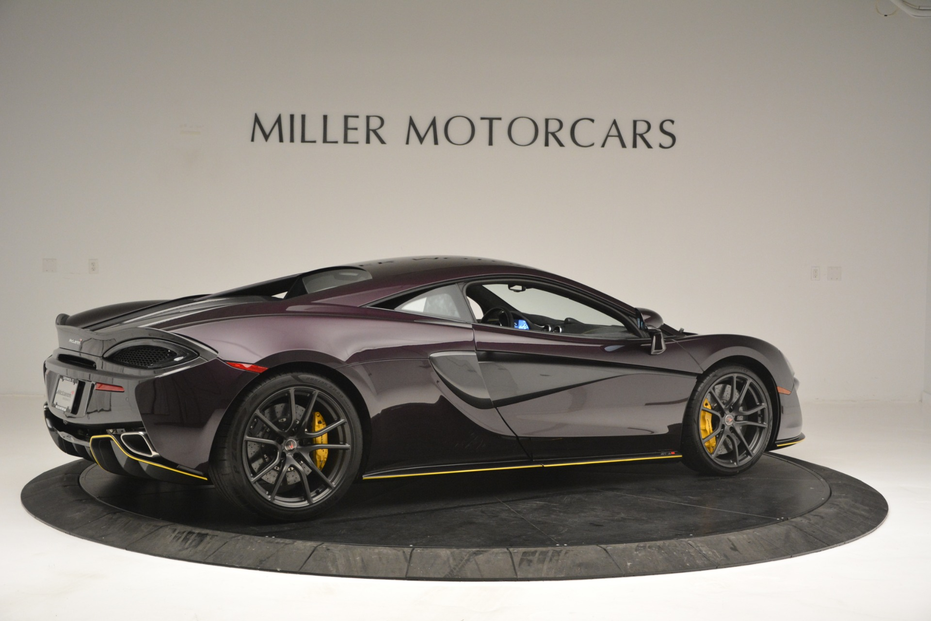 Used 2018 McLaren 570S  For Sale In Westport, CT 2204_p8