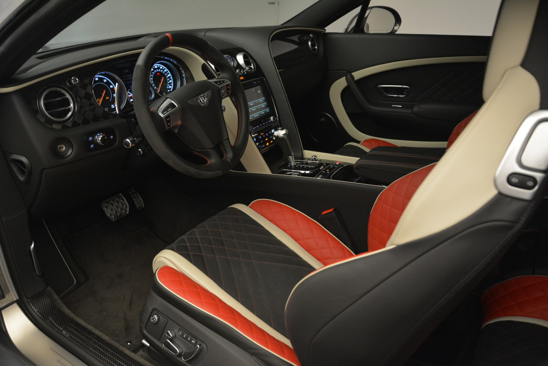 Used 2017 Bentley Continental GT Supersports For Sale In Westport, CT 2206_p19