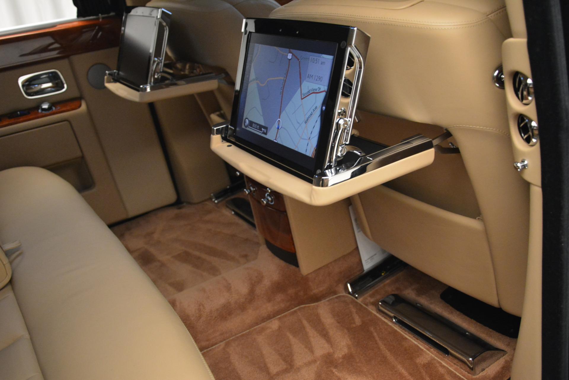 Used 2013 Rolls-Royce Phantom  For Sale In Westport, CT 2208_p21