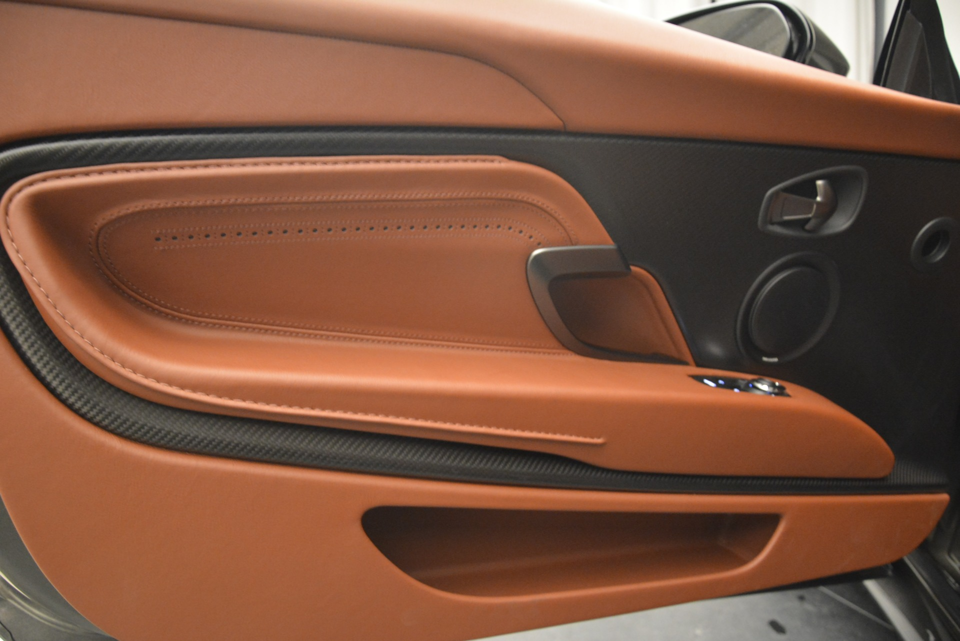 New 2019 Aston Martin DB11 Volante  For Sale In Westport, CT 2209_p30