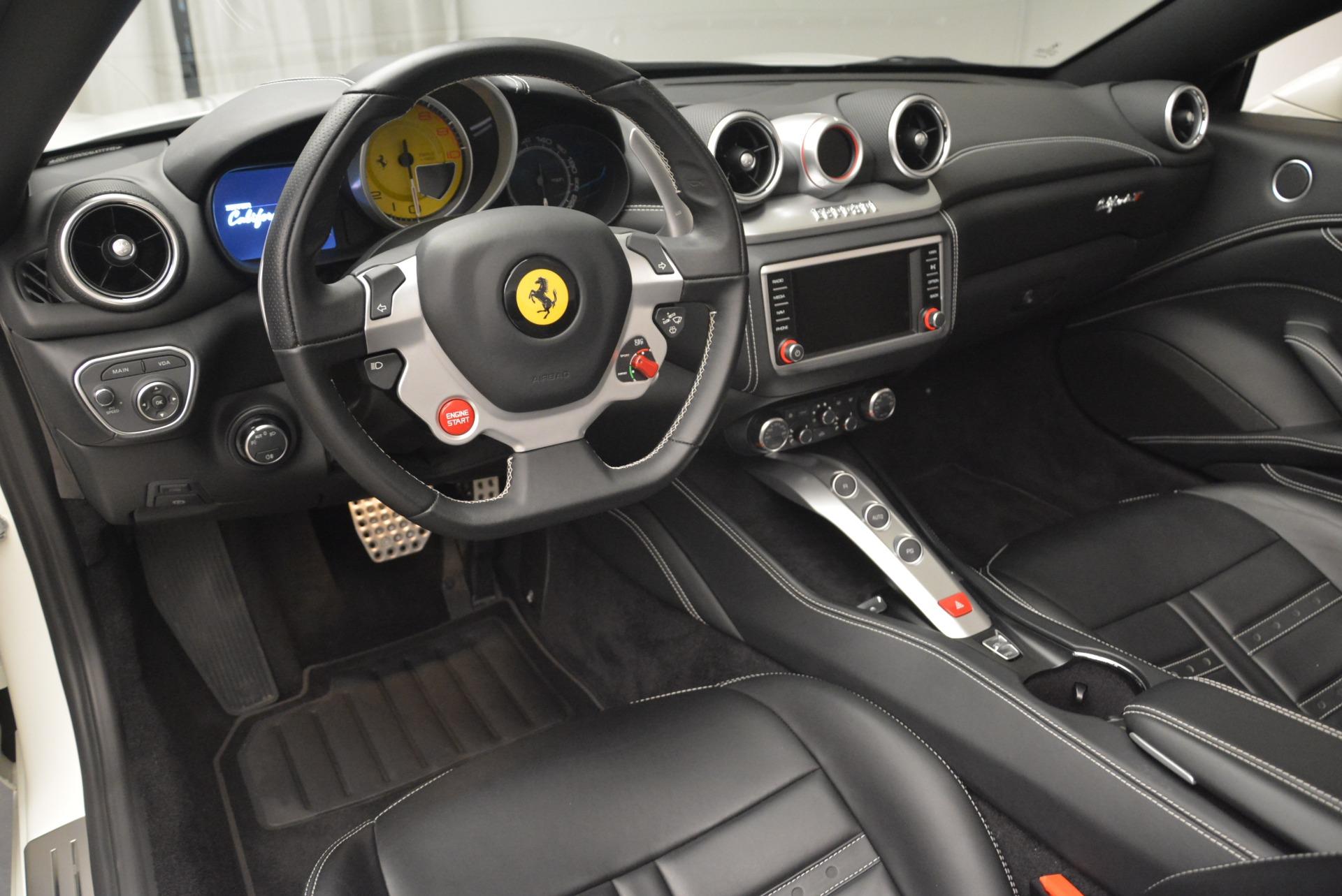 Used 2016 Ferrari California T  For Sale In Westport, CT 2213_p25