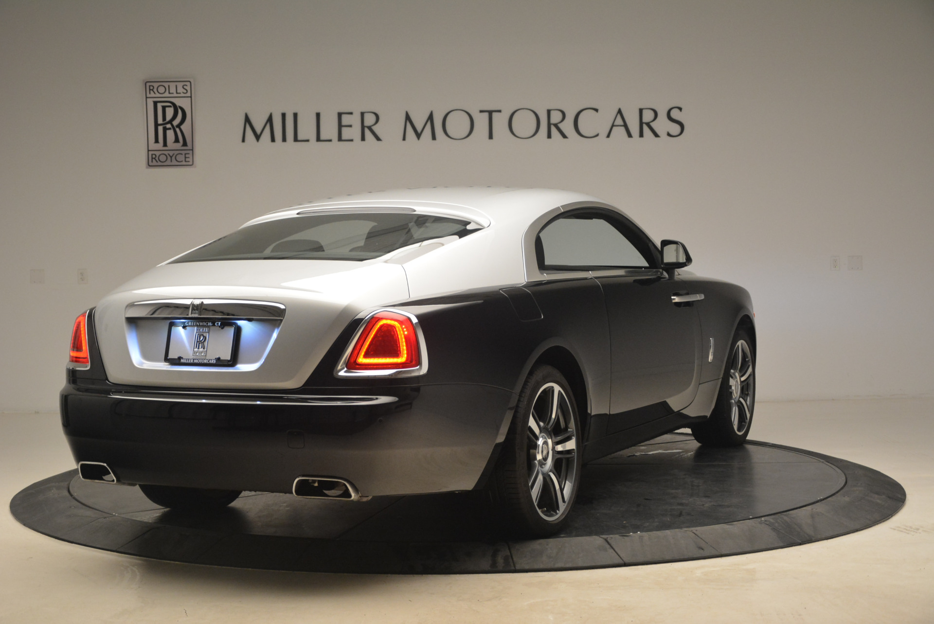 Used 2014 Rolls-Royce Wraith  For Sale In Westport, CT 2216_p7