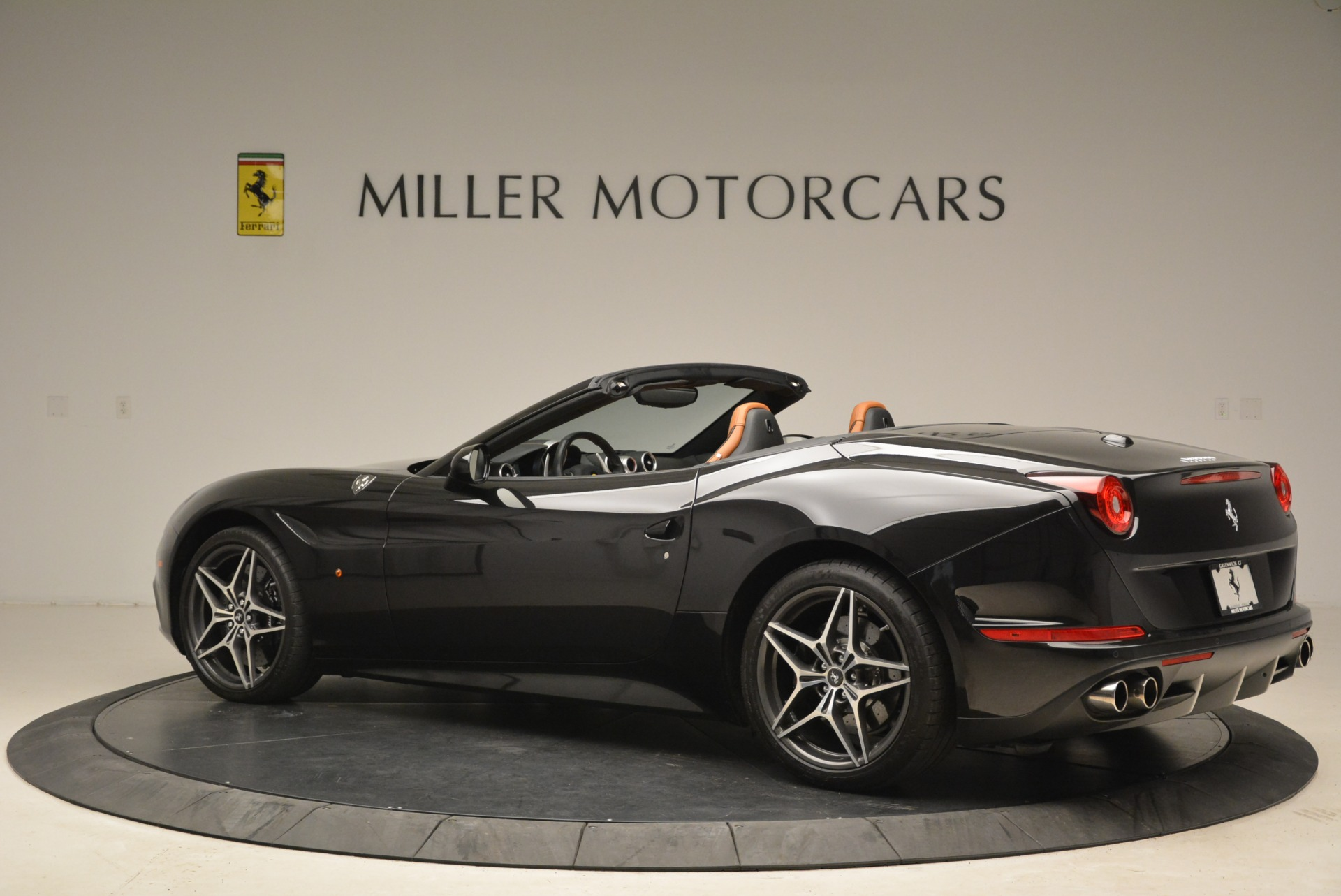 Used 2015 Ferrari California T  For Sale In Westport, CT 2224_p4