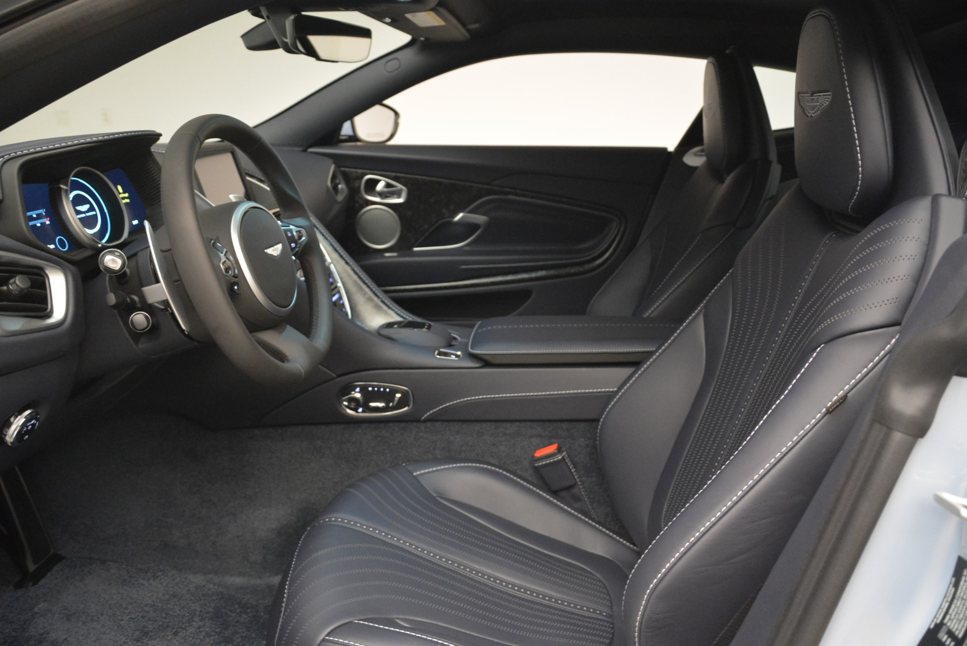 New 2018 Aston Martin DB11 V12 For Sale In Westport, CT 2225_p13