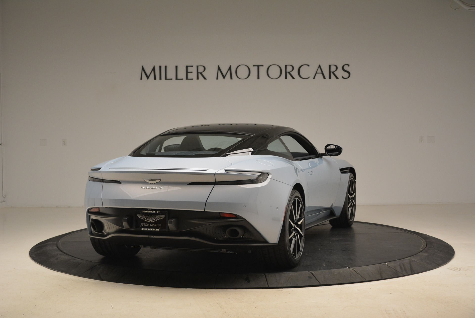 New 2018 Aston Martin DB11 V12 For Sale In Westport, CT 2225_p7