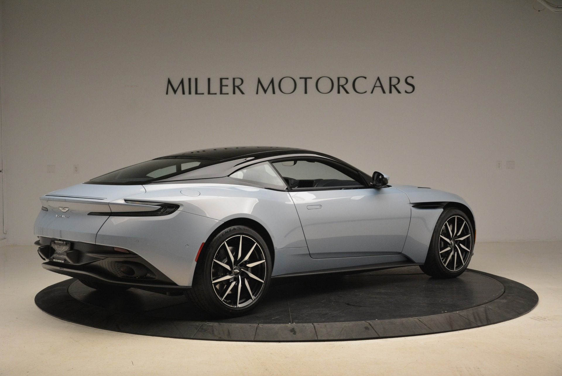 New 2018 Aston Martin DB11 V12 For Sale In Westport, CT 2225_p8