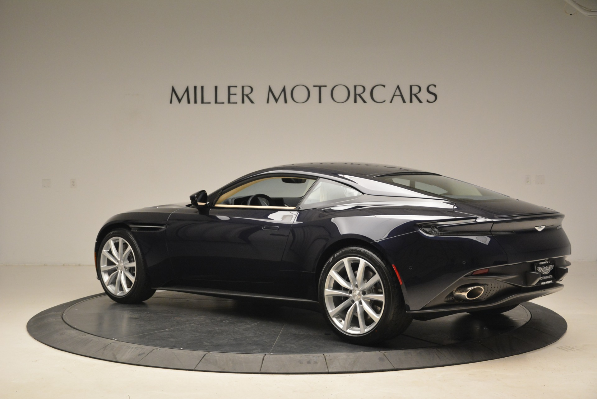 New 2018 Aston Martin DB11 V12 Coupe For Sale In Westport, CT 2227_p4
