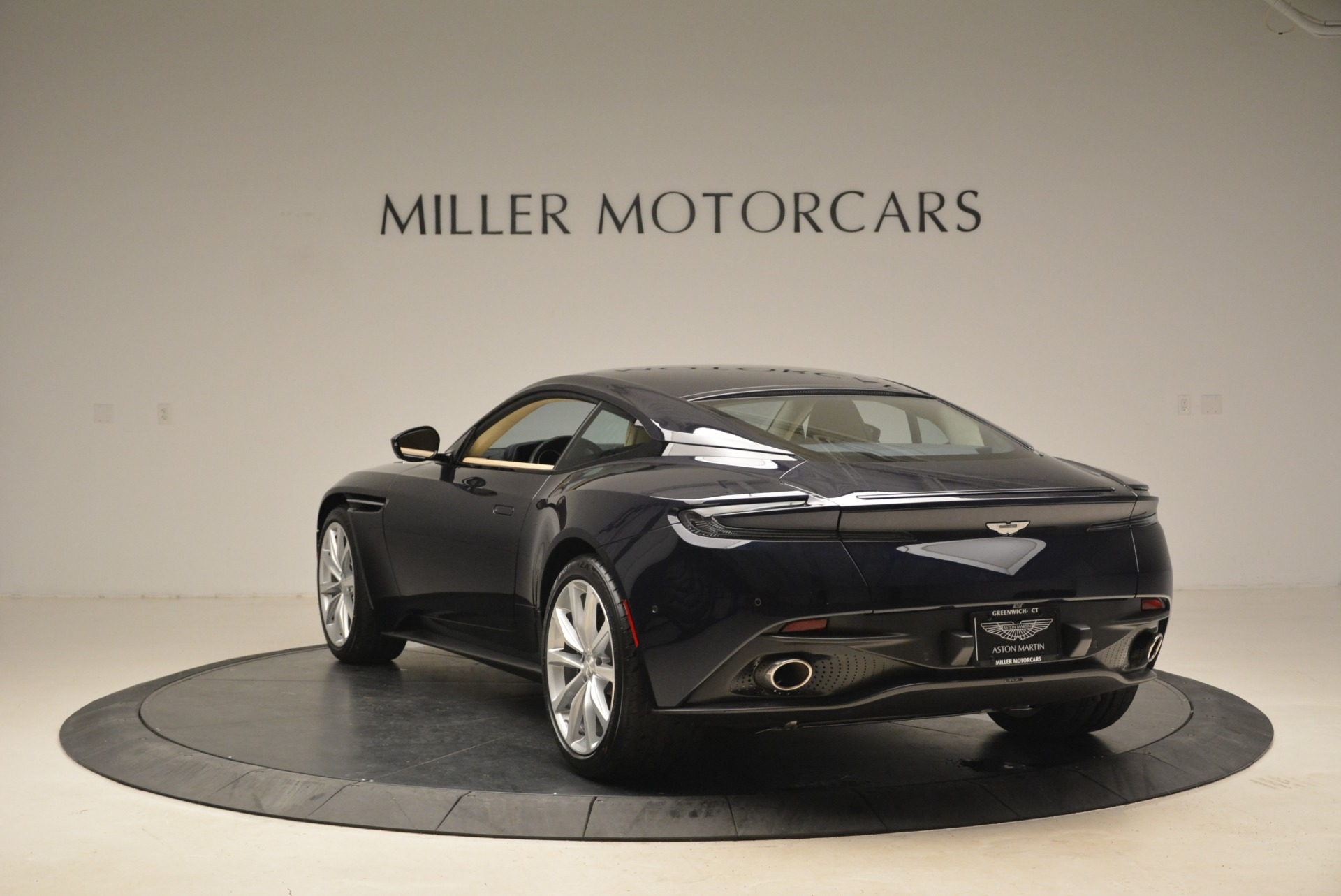 New 2018 Aston Martin DB11 V12 Coupe For Sale In Westport, CT 2227_p5