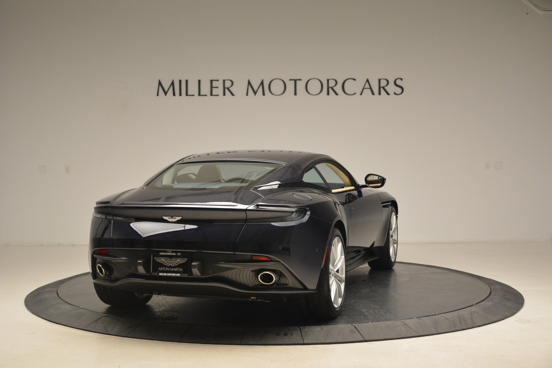 New 2018 Aston Martin DB11 V12 Coupe For Sale In Westport, CT 2227_p7