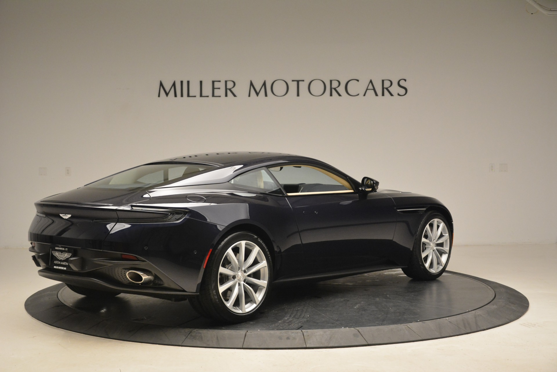 New 2018 Aston Martin DB11 V12 Coupe For Sale In Westport, CT 2227_p8