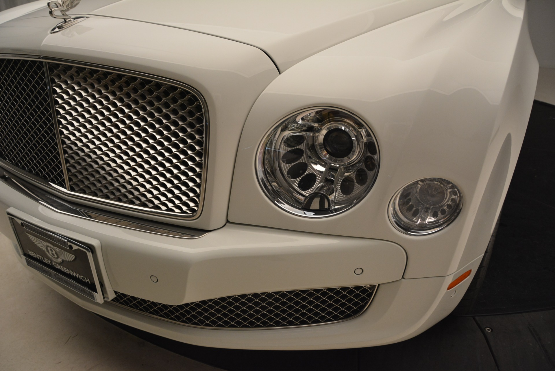 Used 2013 Bentley Mulsanne  For Sale In Westport, CT 2230_p11