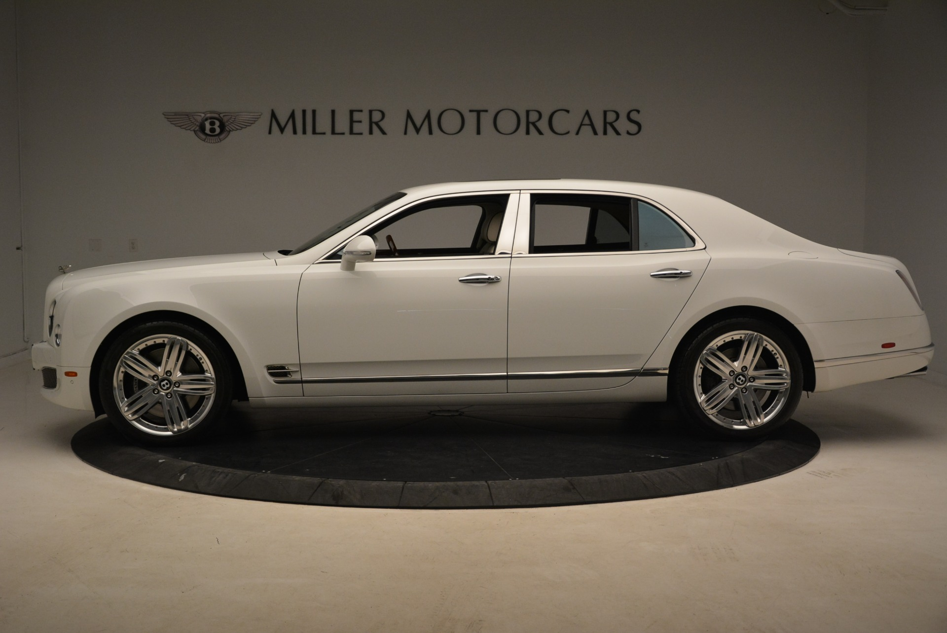 Used 2013 Bentley Mulsanne  For Sale In Westport, CT 2230_p2