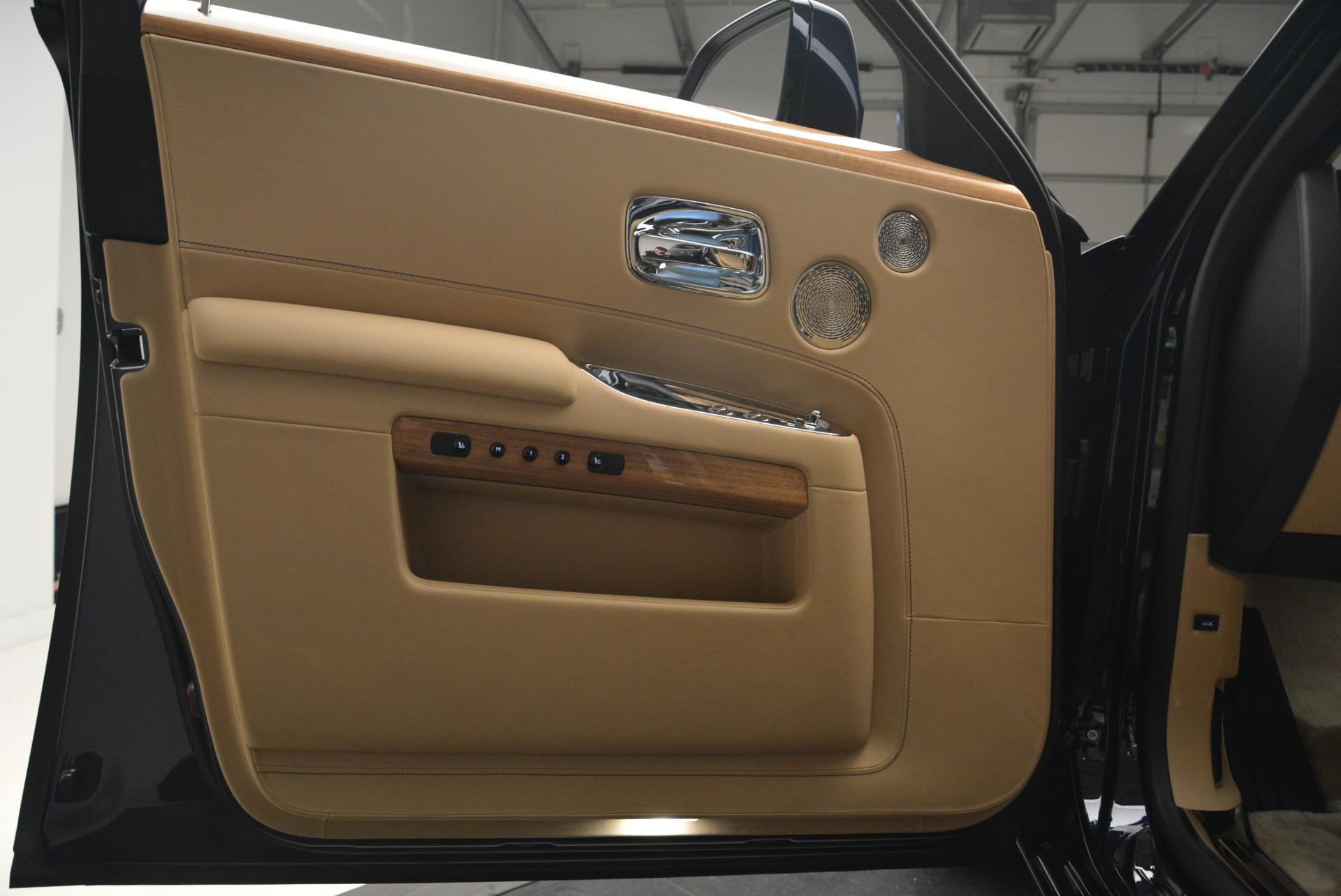 Used 2018 Rolls-Royce Ghost  For Sale In Westport, CT 2231_p14