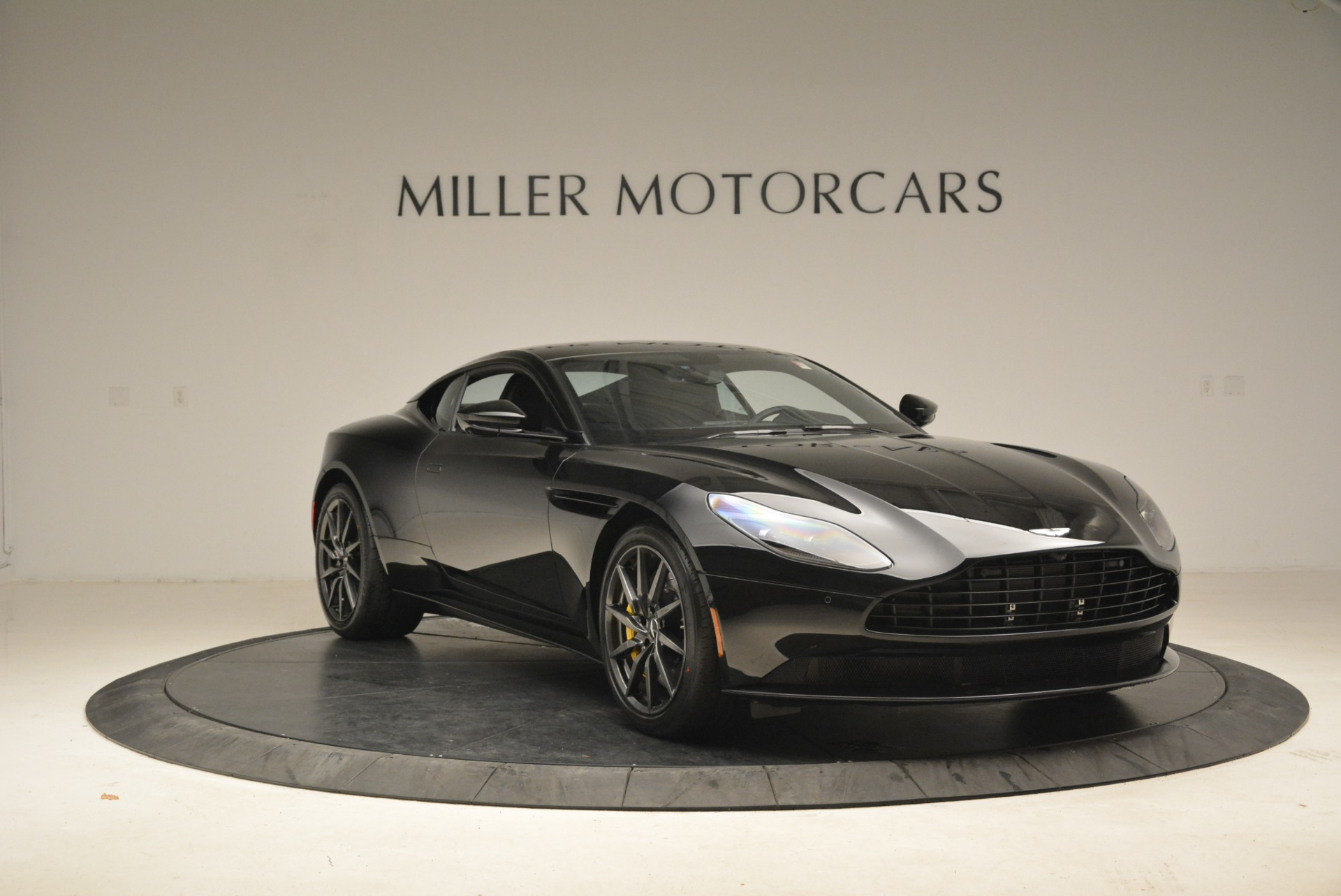 New 2018 Aston Martin DB11 V8 Coupe For Sale In Westport, CT 2237_p11