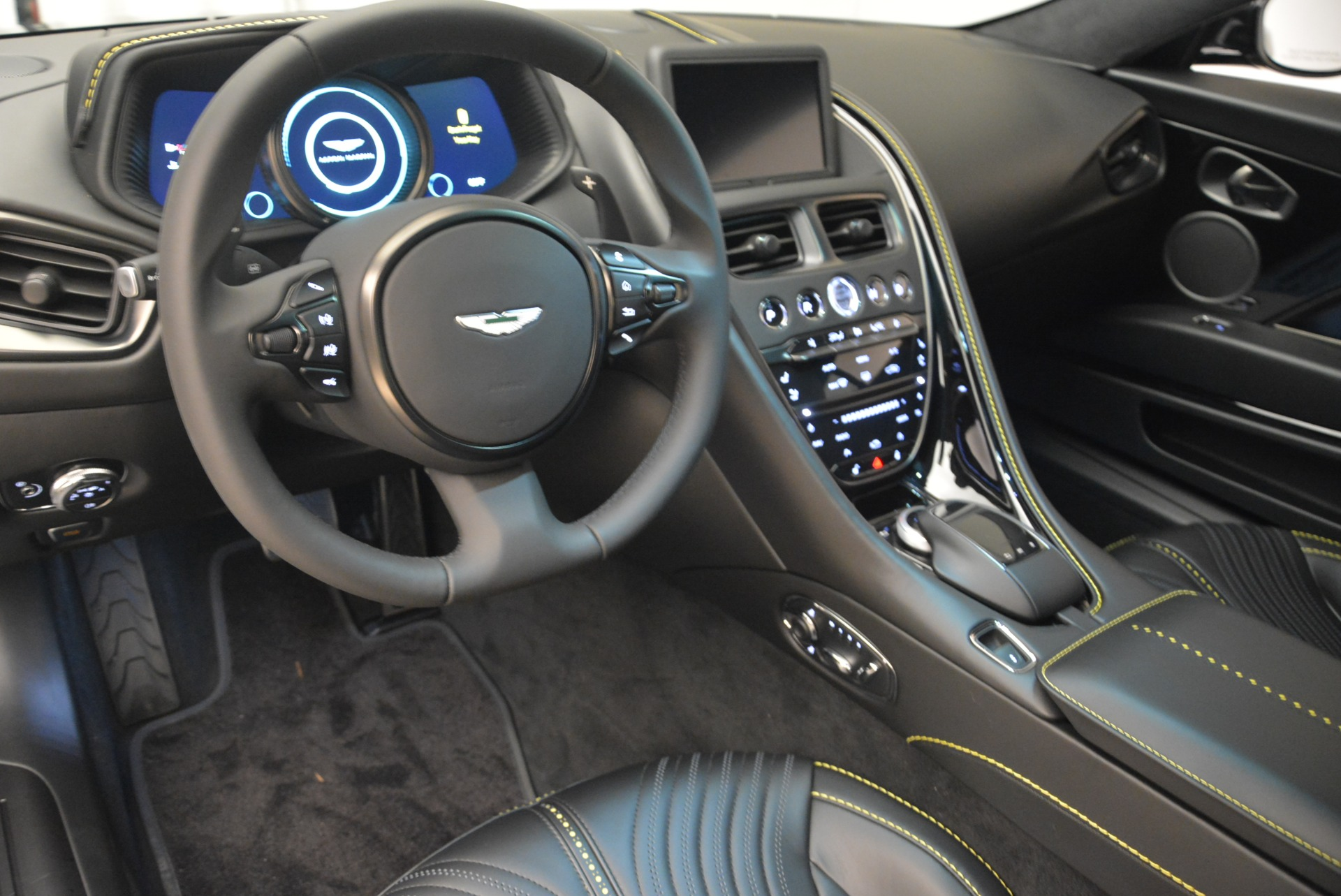 Used 2018 Aston Martin DB11 V8 Coupe For Sale In Westport, CT 2237_p14