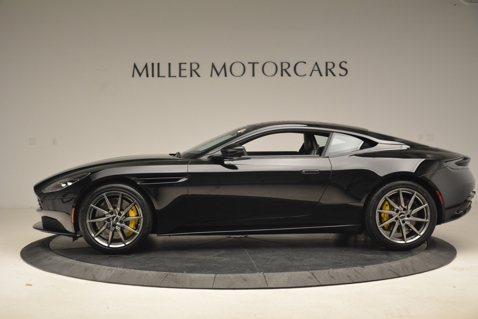 New 2018 Aston Martin DB11 V8 Coupe For Sale In Westport, CT 2237_p3