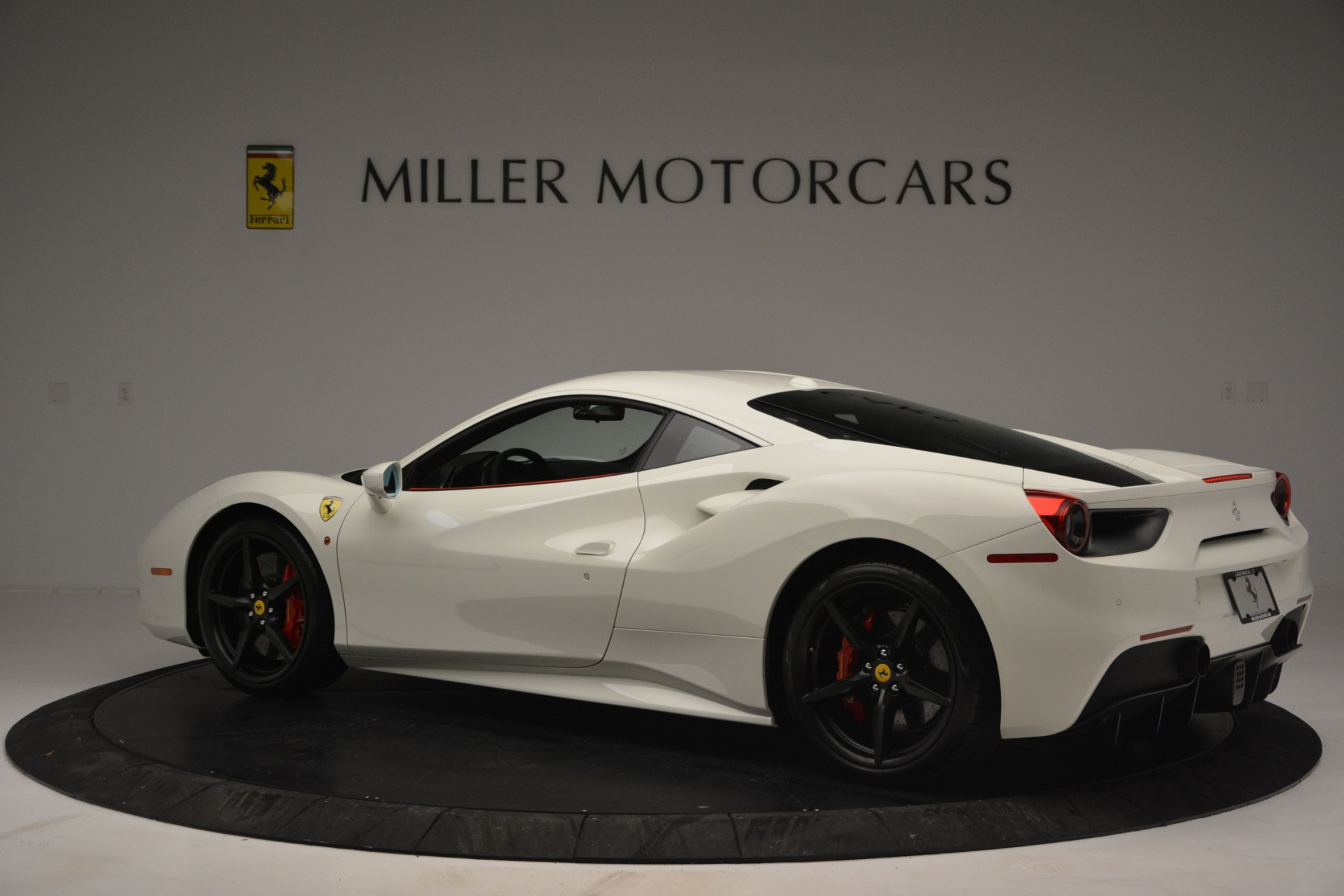 Used 2017 Ferrari 488 GTB  For Sale In Westport, CT 2238_p4