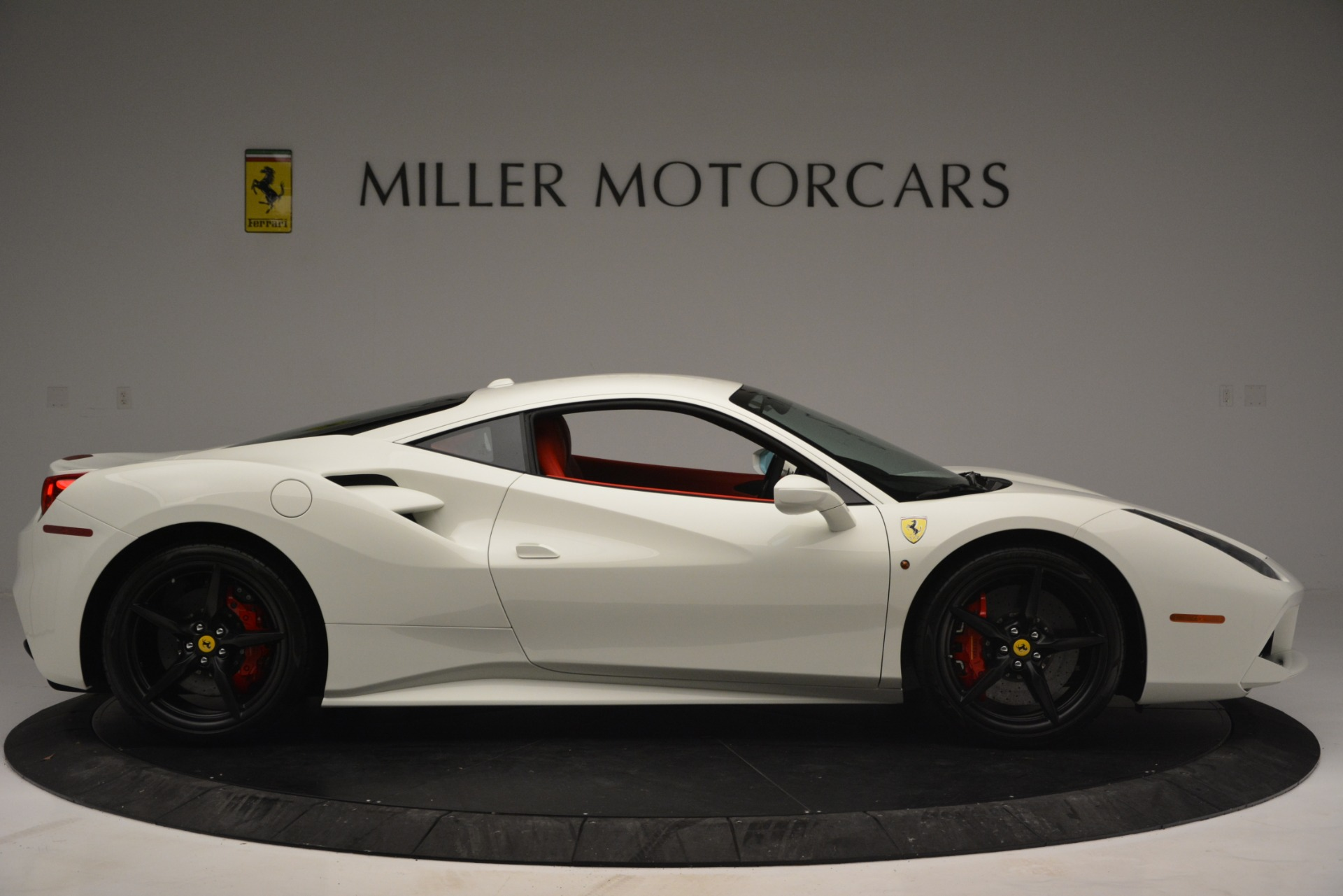 Used 2017 Ferrari 488 GTB  For Sale In Westport, CT 2238_p9
