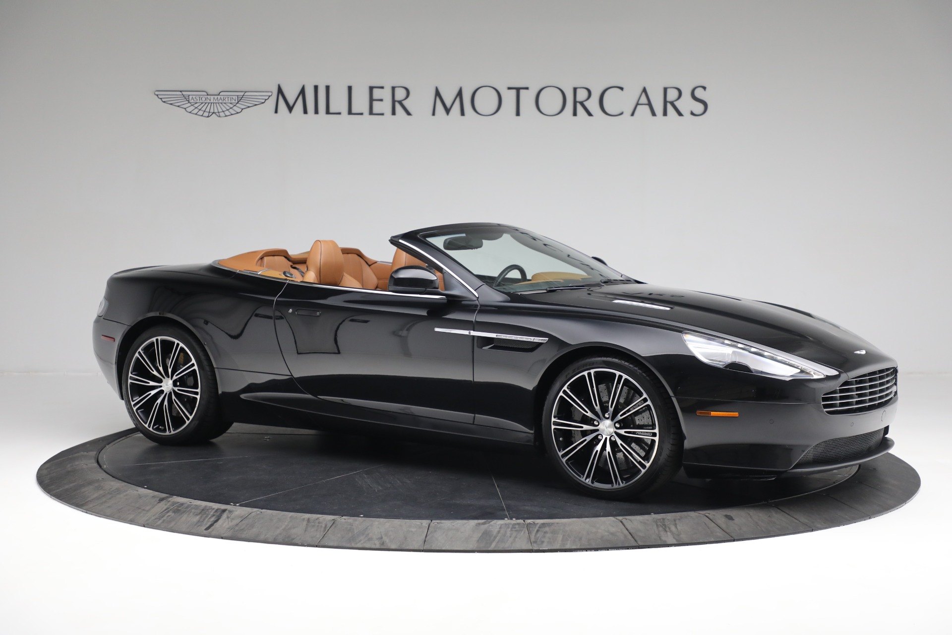 Used 2012 Aston Martin Virage Volante For Sale In Westport, CT 2244_p10