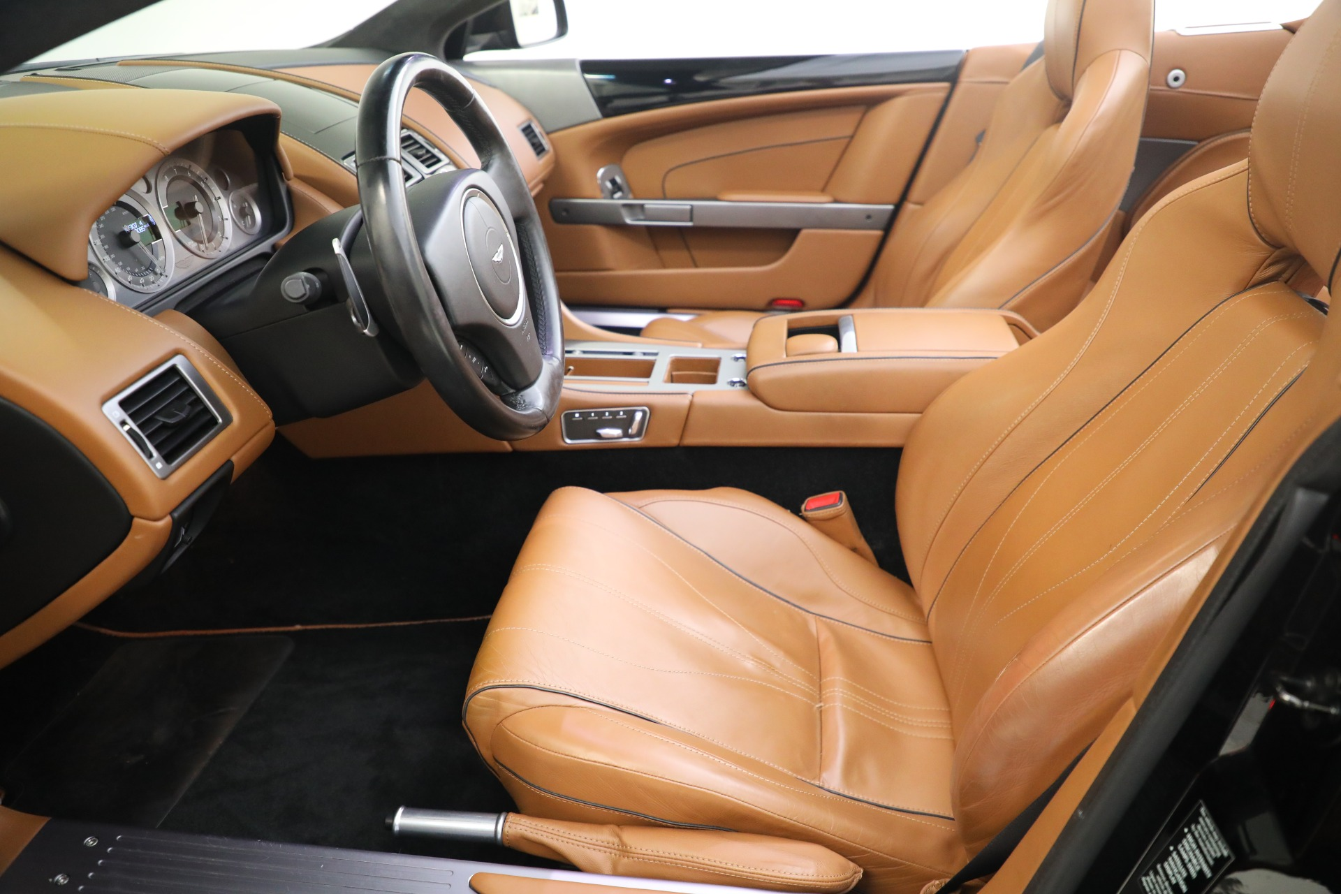 Used 2012 Aston Martin Virage Volante For Sale In Westport, CT 2244_p26