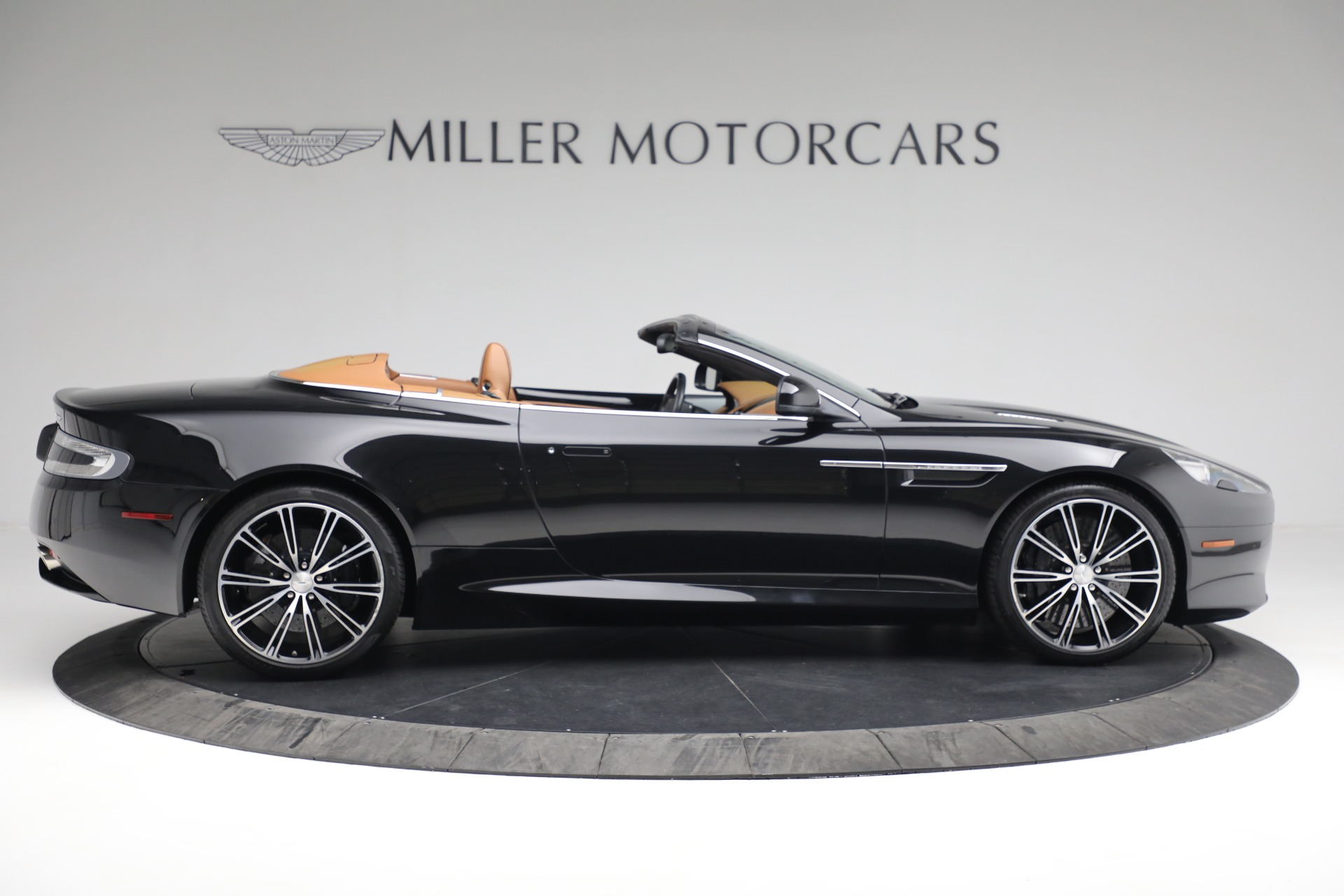 Used 2012 Aston Martin Virage Volante For Sale In Westport, CT 2244_p9