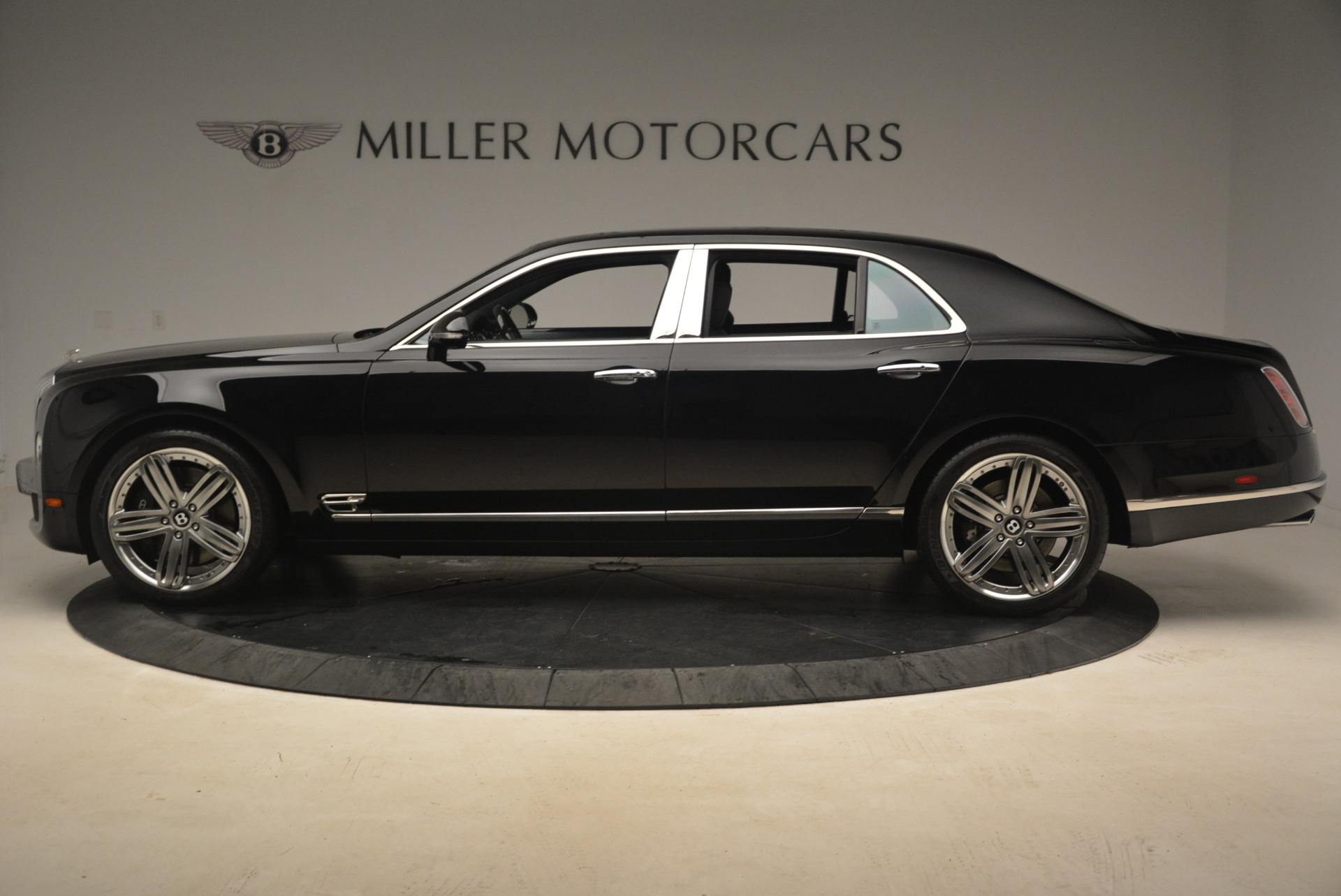 Used 2013 Bentley Mulsanne Le Mans Edition For Sale In Westport, CT 2255_p3