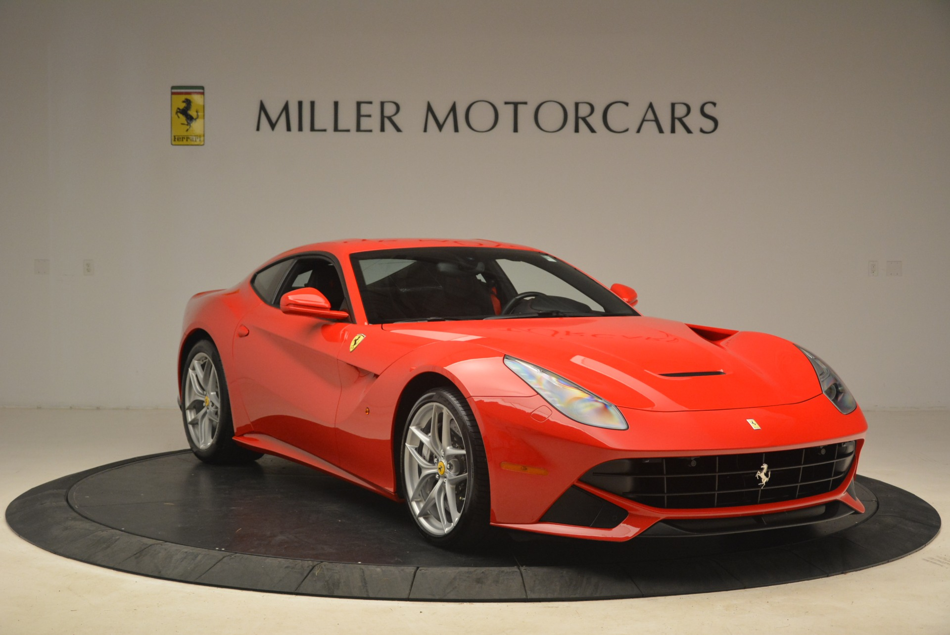 Used 2014 Ferrari F12 Berlinetta  For Sale In Westport, CT 2256_p11