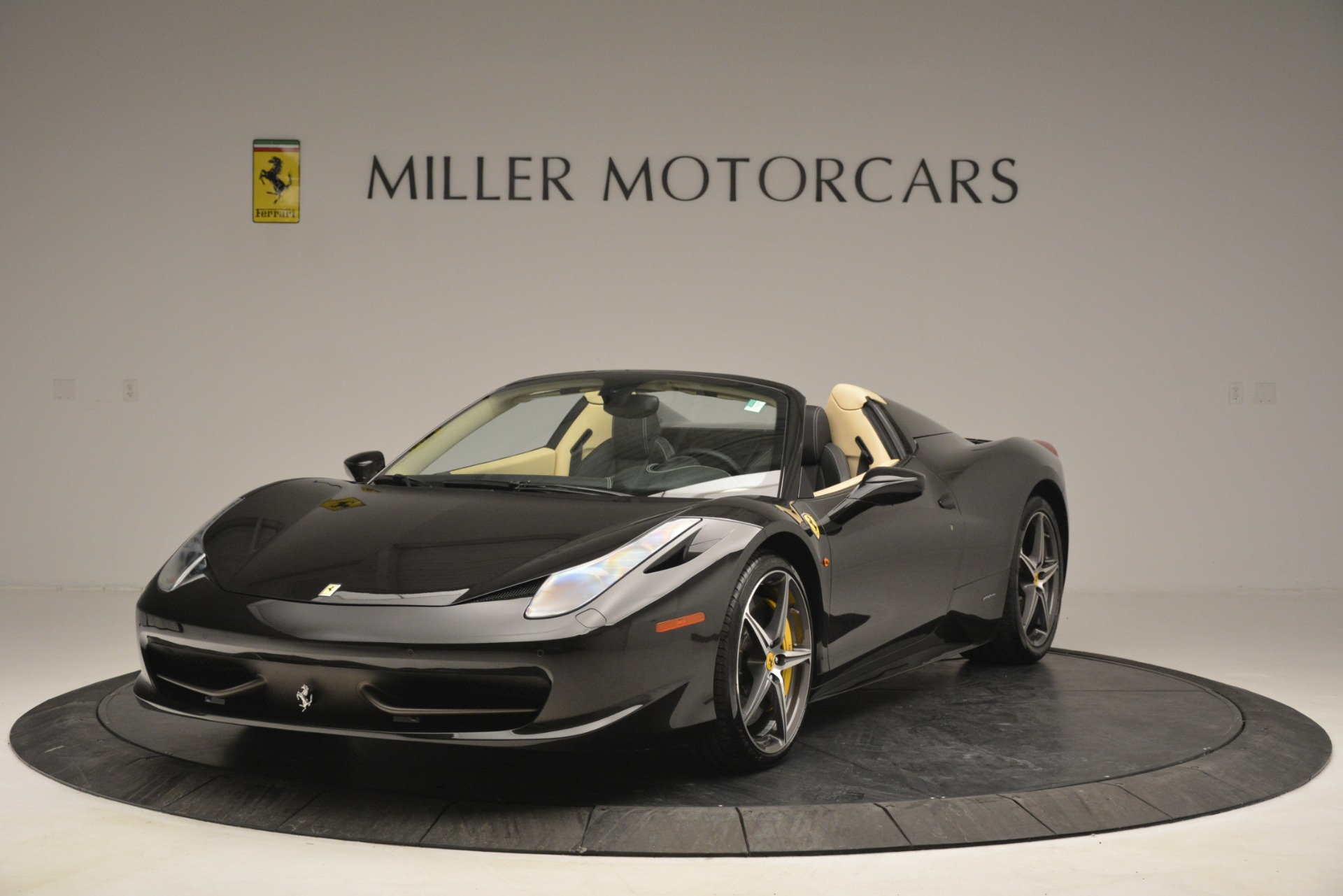 Used 2014 Ferrari 458 Spider  For Sale In Westport, CT 2258_main