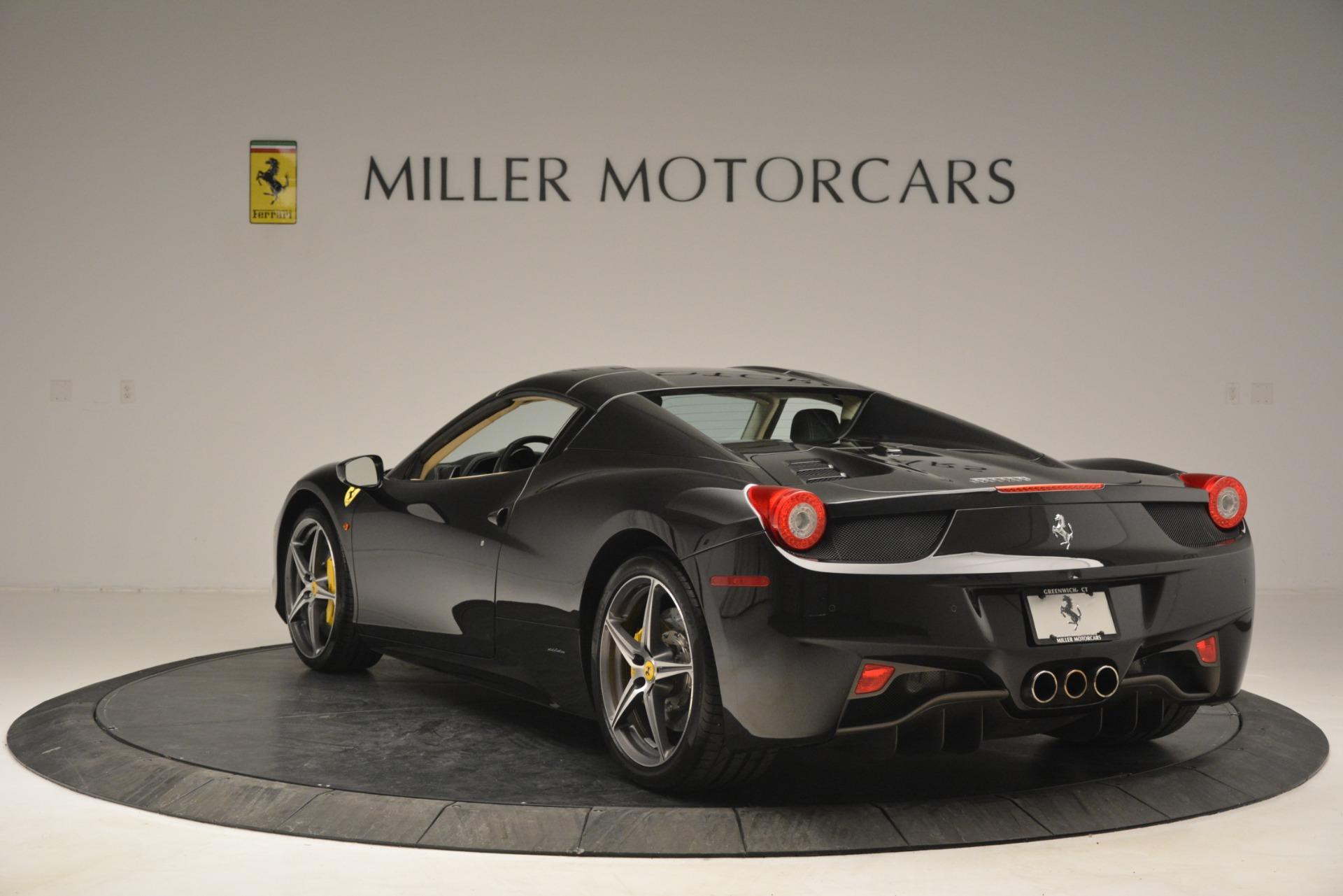 Used 2014 Ferrari 458 Spider  For Sale In Westport, CT 2258_p17