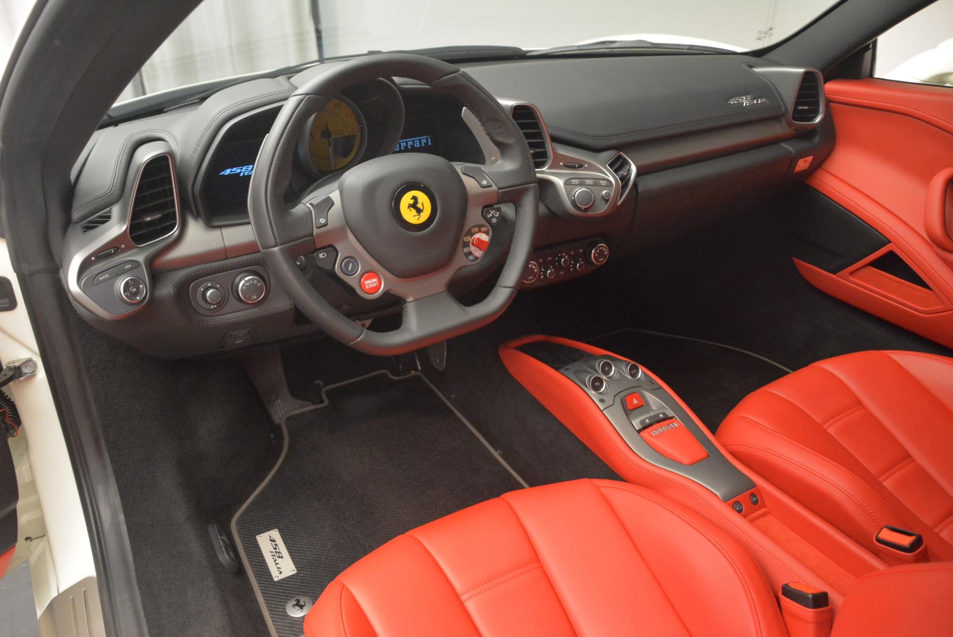 Used 2014 Ferrari 458 Italia  For Sale In Westport, CT 2260_p13