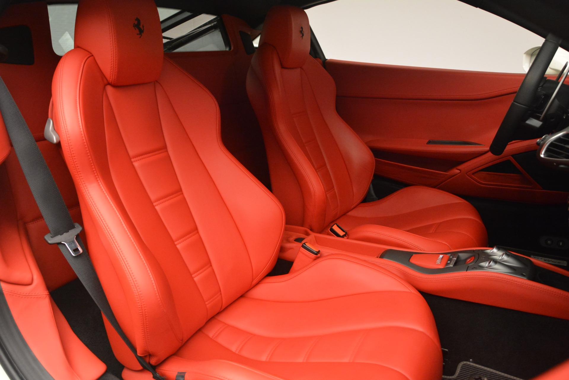 Used 2014 Ferrari 458 Italia  For Sale In Westport, CT 2260_p19