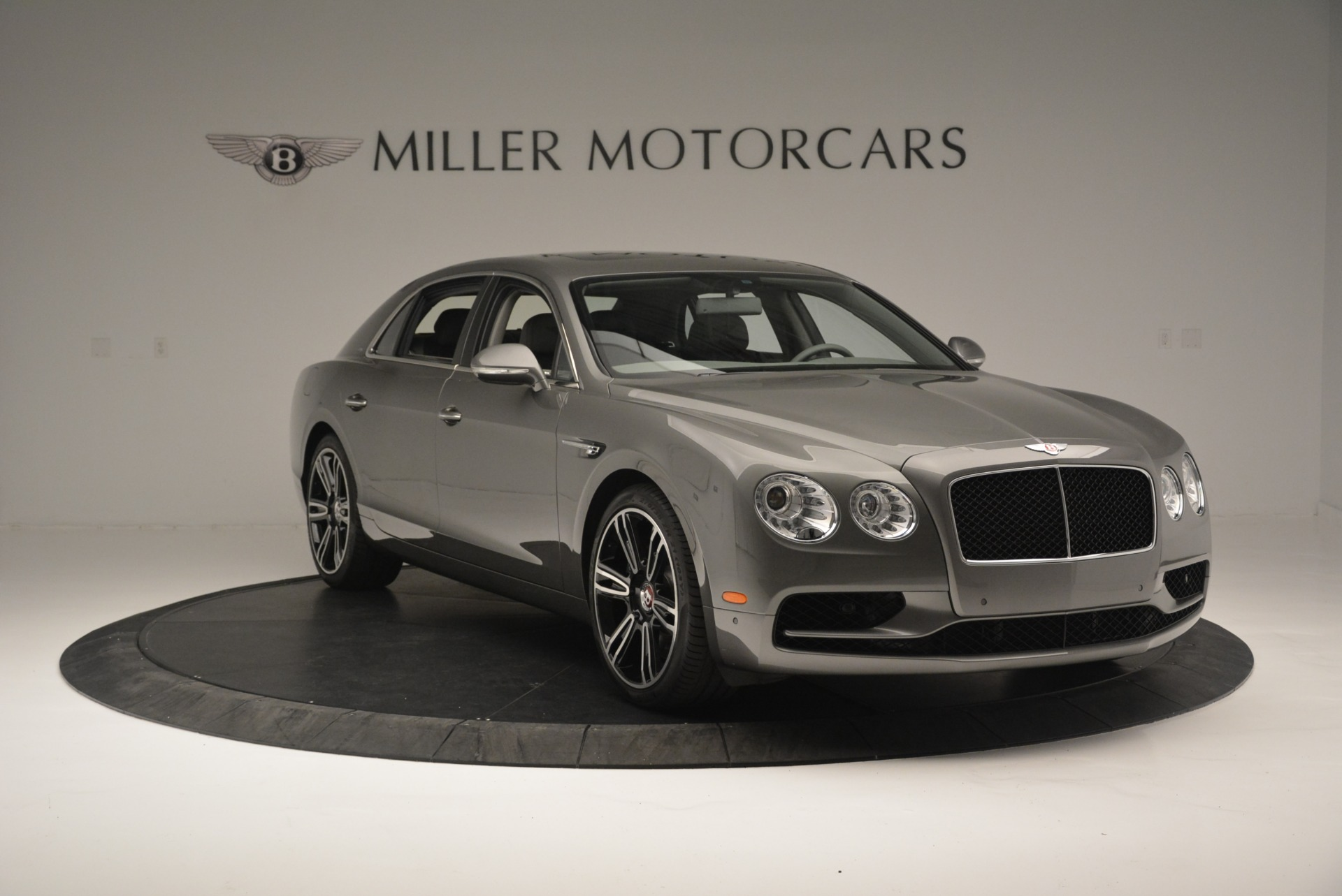 Used 2017 Bentley Flying Spur V8 S For Sale In Westport, CT 2263_p10