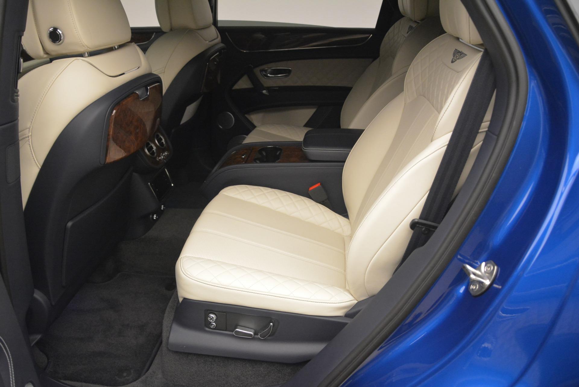 Used 2018 Bentley Bentayga W12 Signature For Sale In Westport, CT 2265_p19