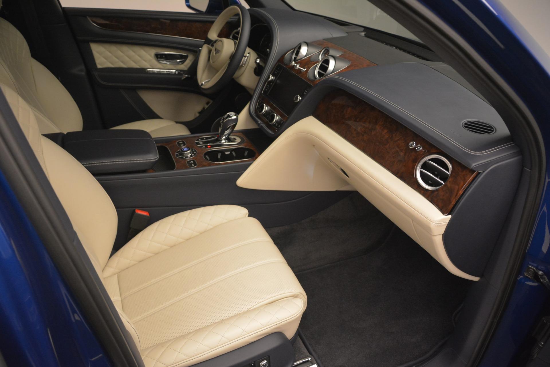 Used 2018 Bentley Bentayga W12 Signature For Sale In Westport, CT 2265_p24