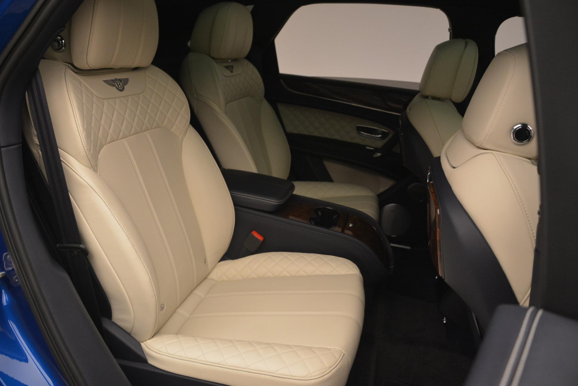 Used 2018 Bentley Bentayga W12 Signature For Sale In Westport, CT 2265_p25
