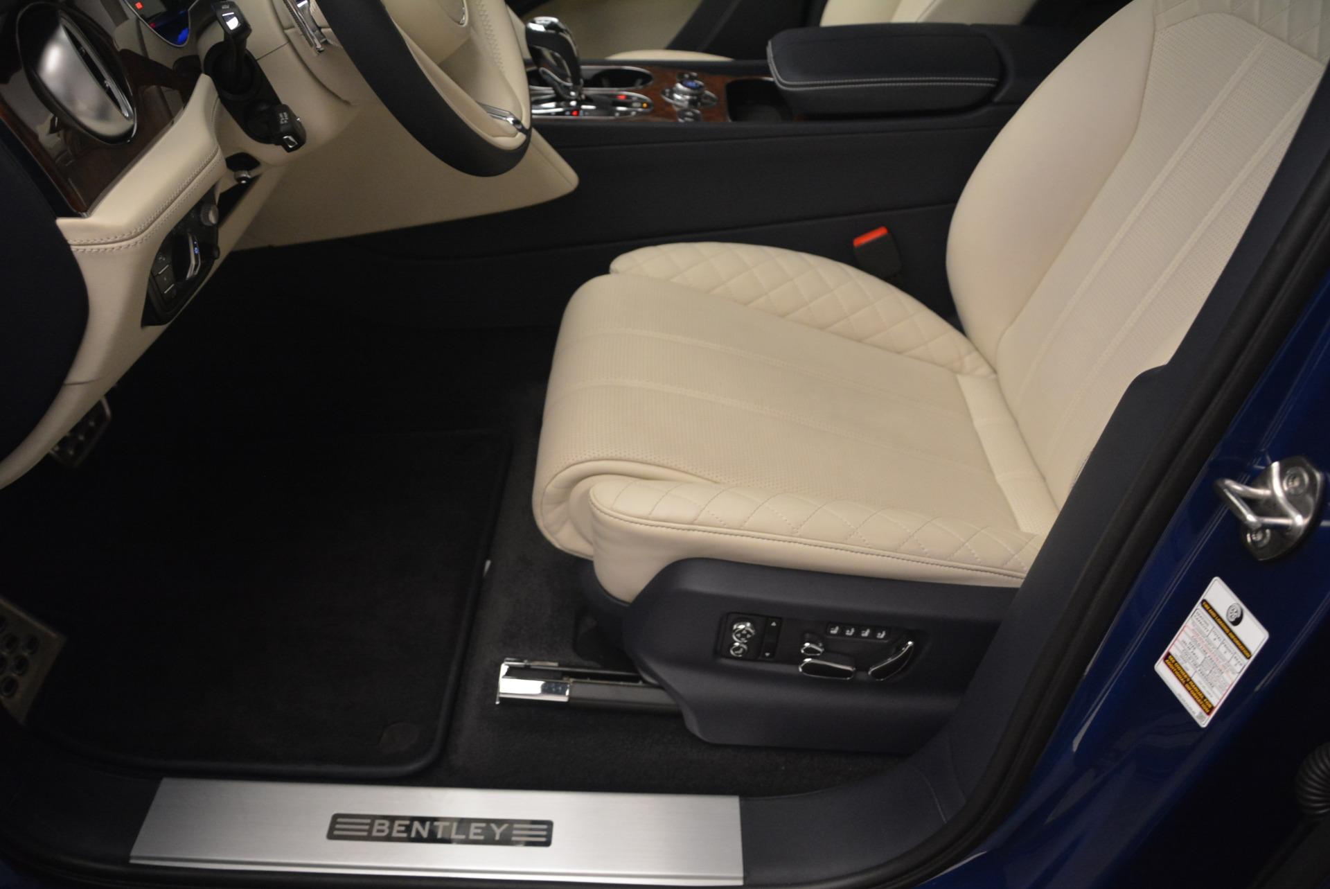 Used 2018 Bentley Bentayga W12 Signature For Sale In Westport, CT 2265_p30