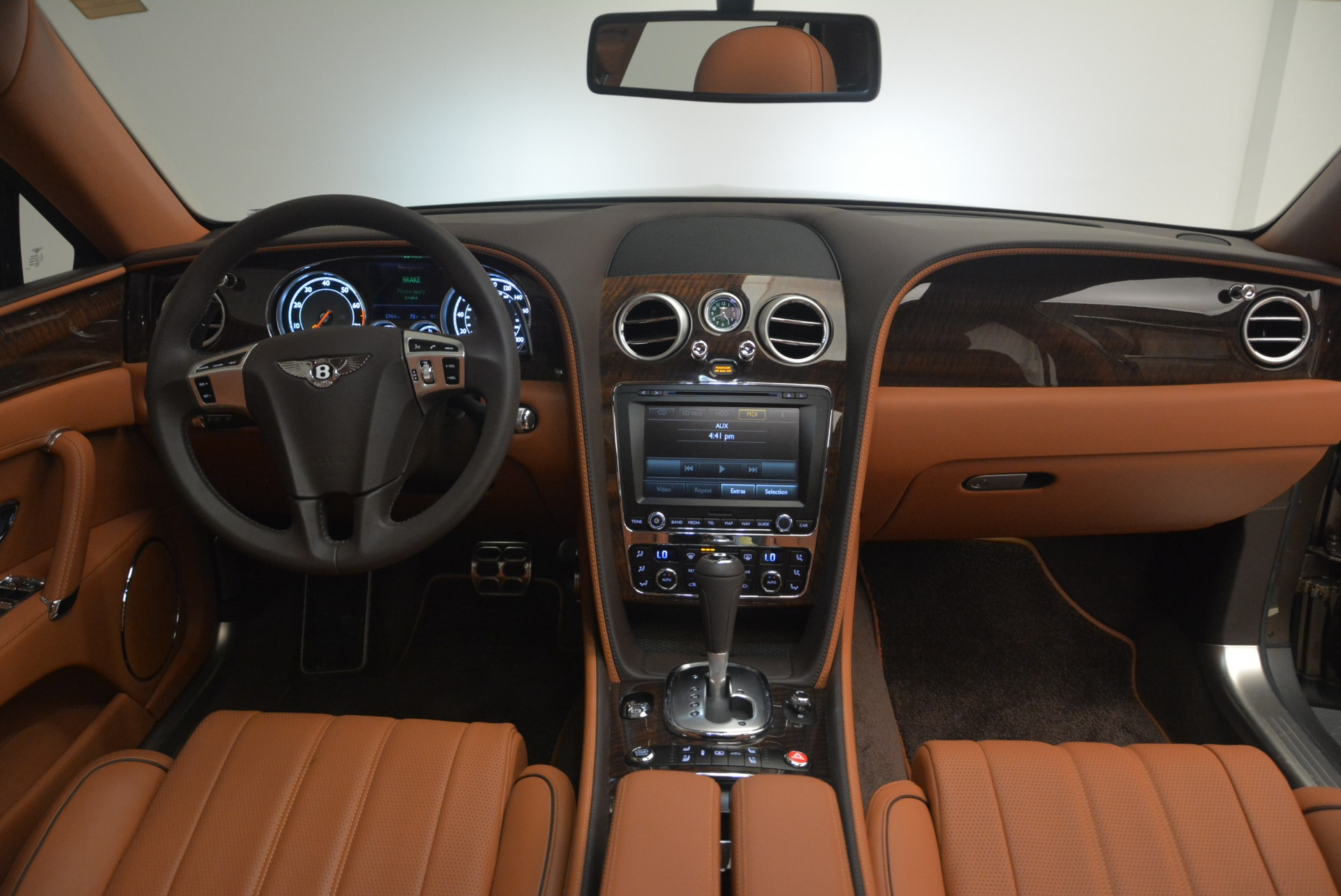 Used 2015 Bentley Flying Spur W12 For Sale In Westport, CT 2266_p26