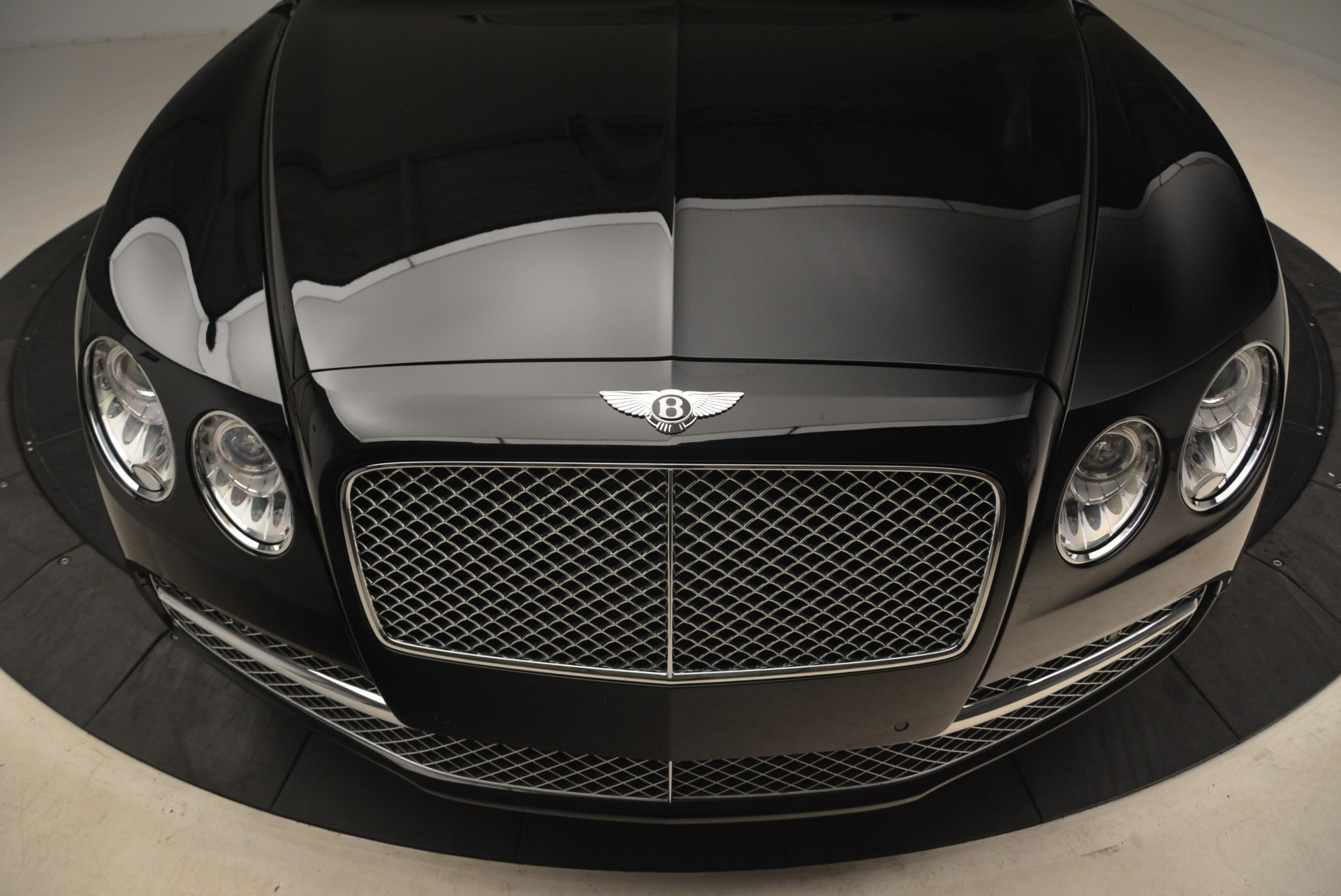 Used 2014 Bentley Flying Spur W12 For Sale In Westport, CT 2267_p12