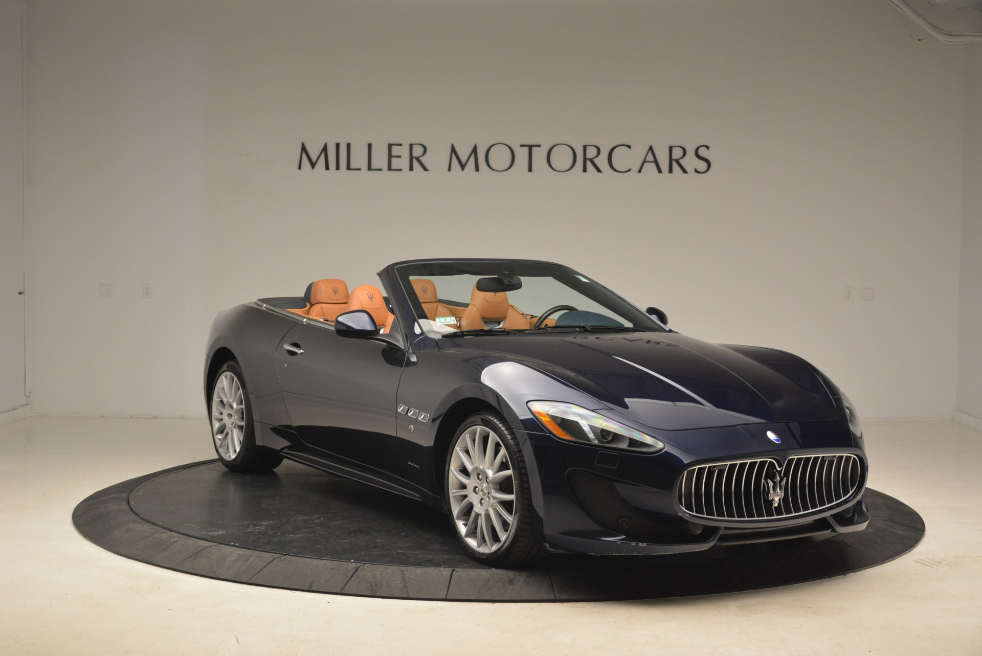 Used 2014 Maserati GranTurismo Sport For Sale In Westport, CT 2269_p17