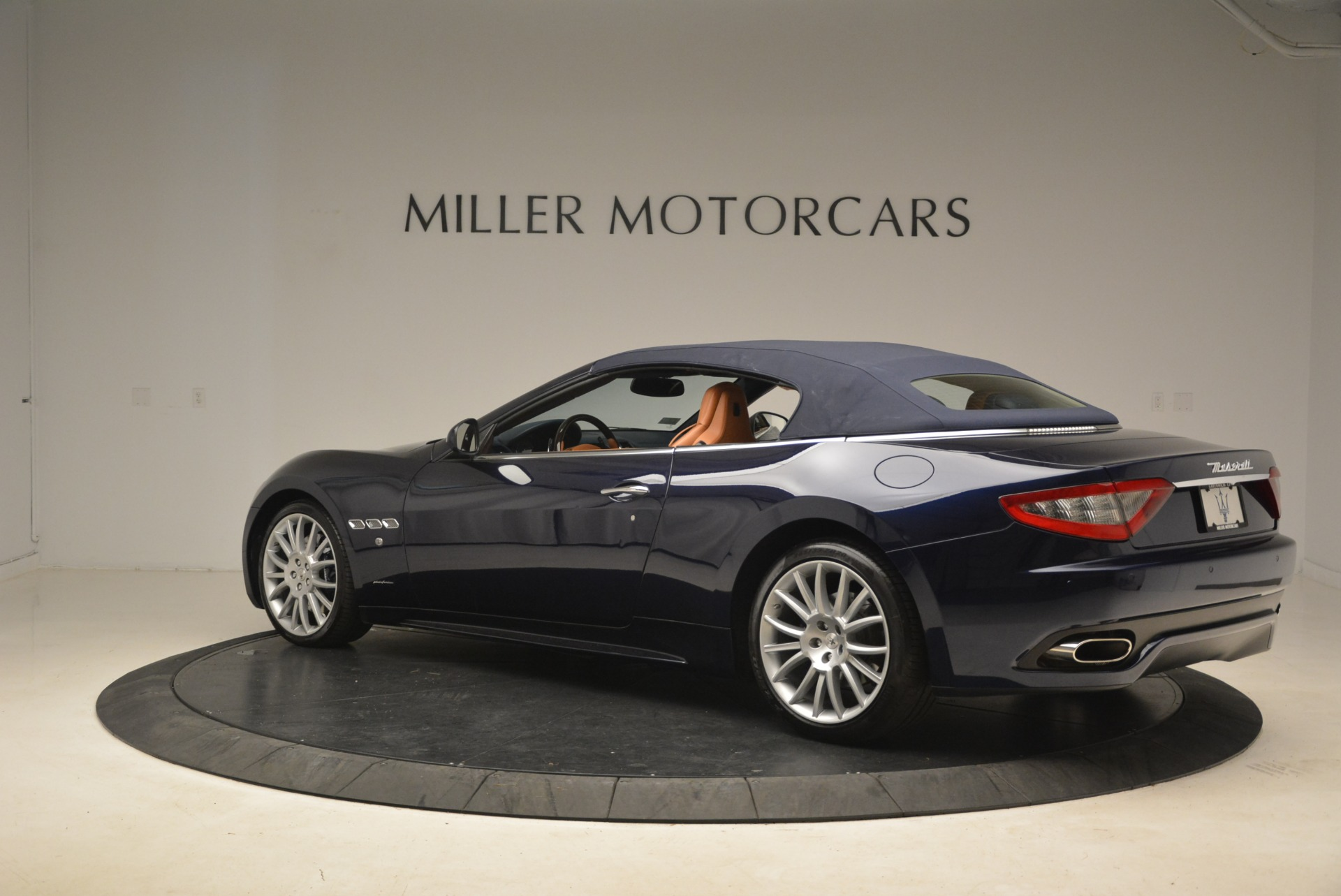 Used 2014 Maserati GranTurismo Sport For Sale In Westport, CT 2269_p20