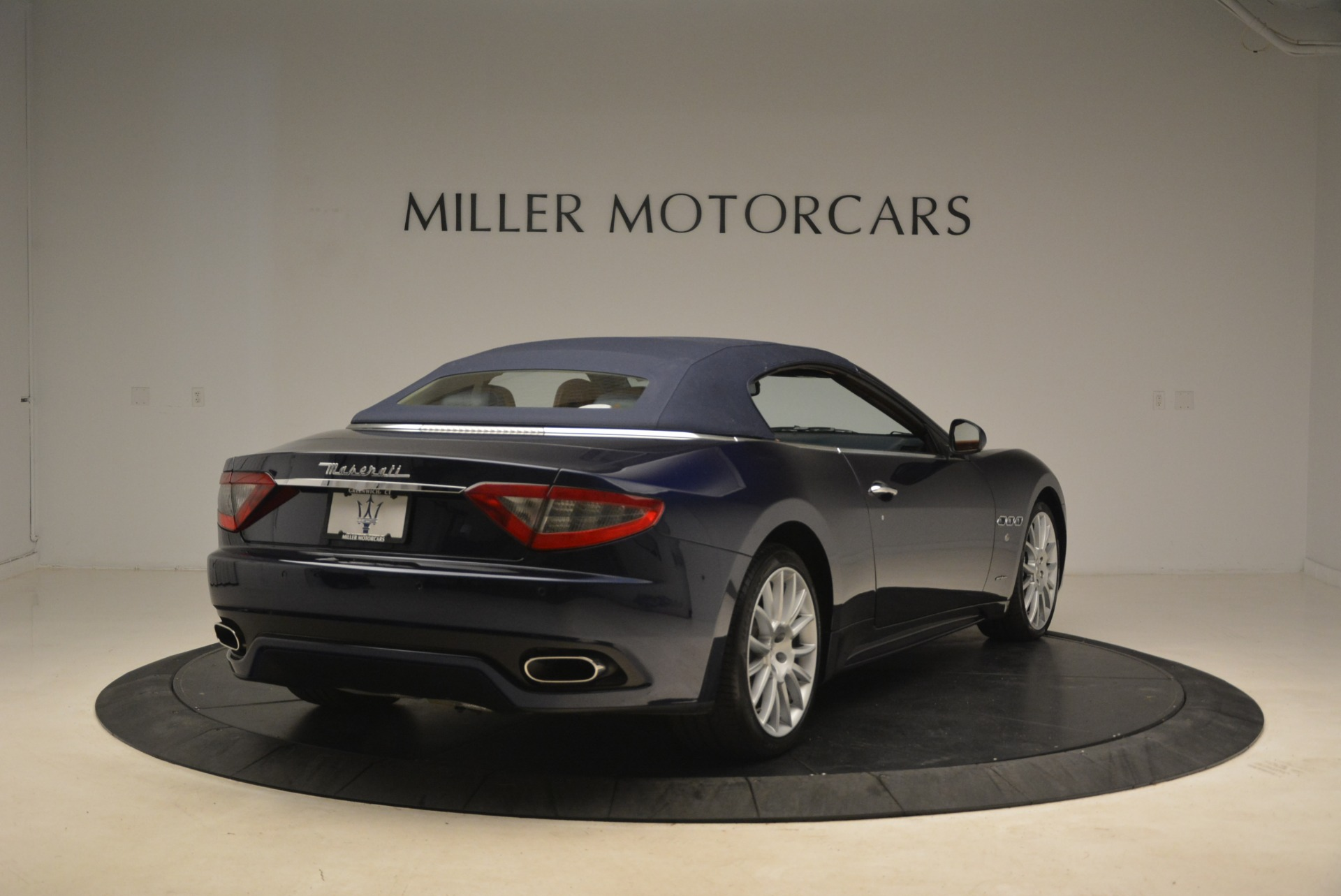 Used 2014 Maserati GranTurismo Sport For Sale In Westport, CT 2269_p21