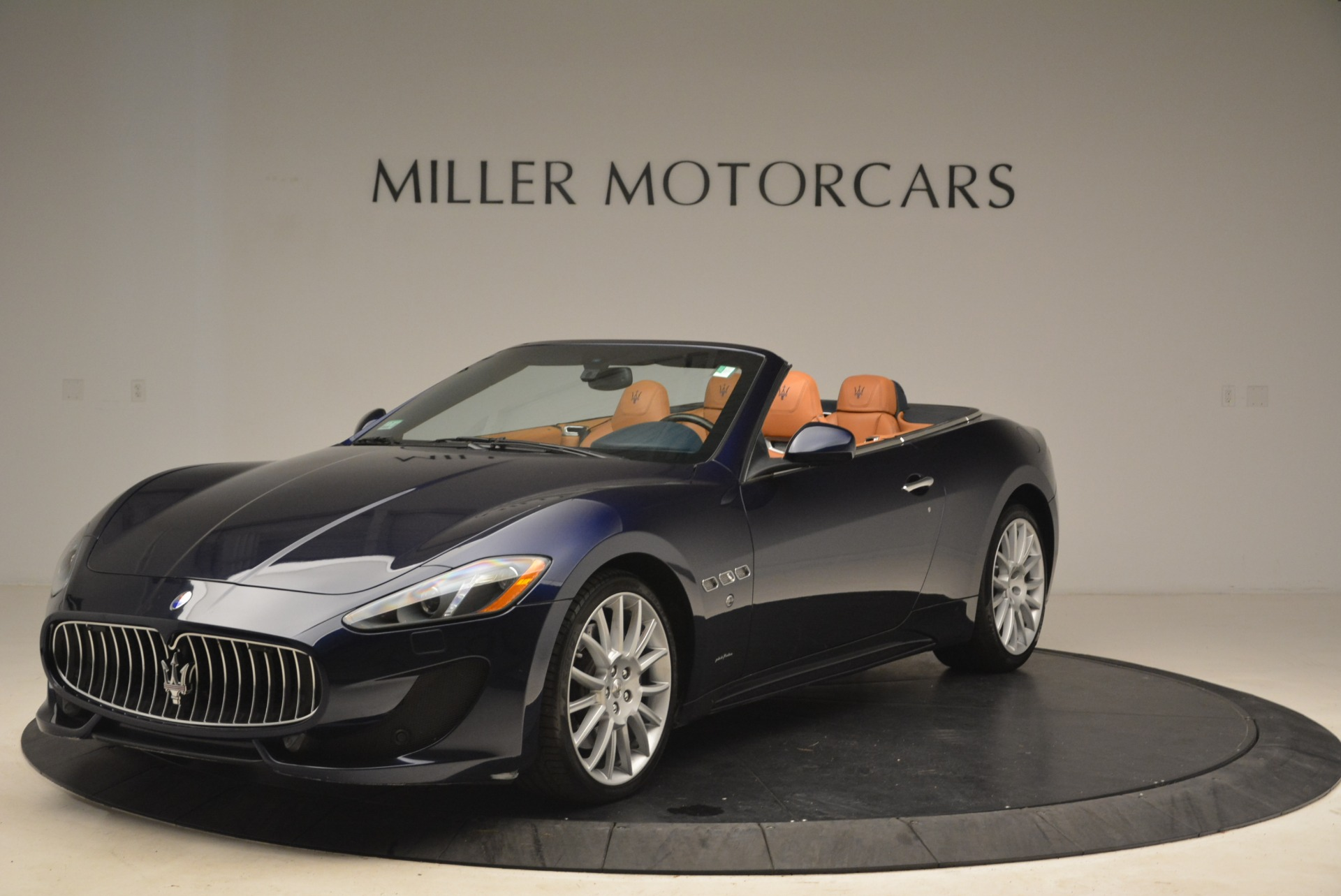 Used 2014 Maserati GranTurismo Sport For Sale In Westport, CT 2269_p2