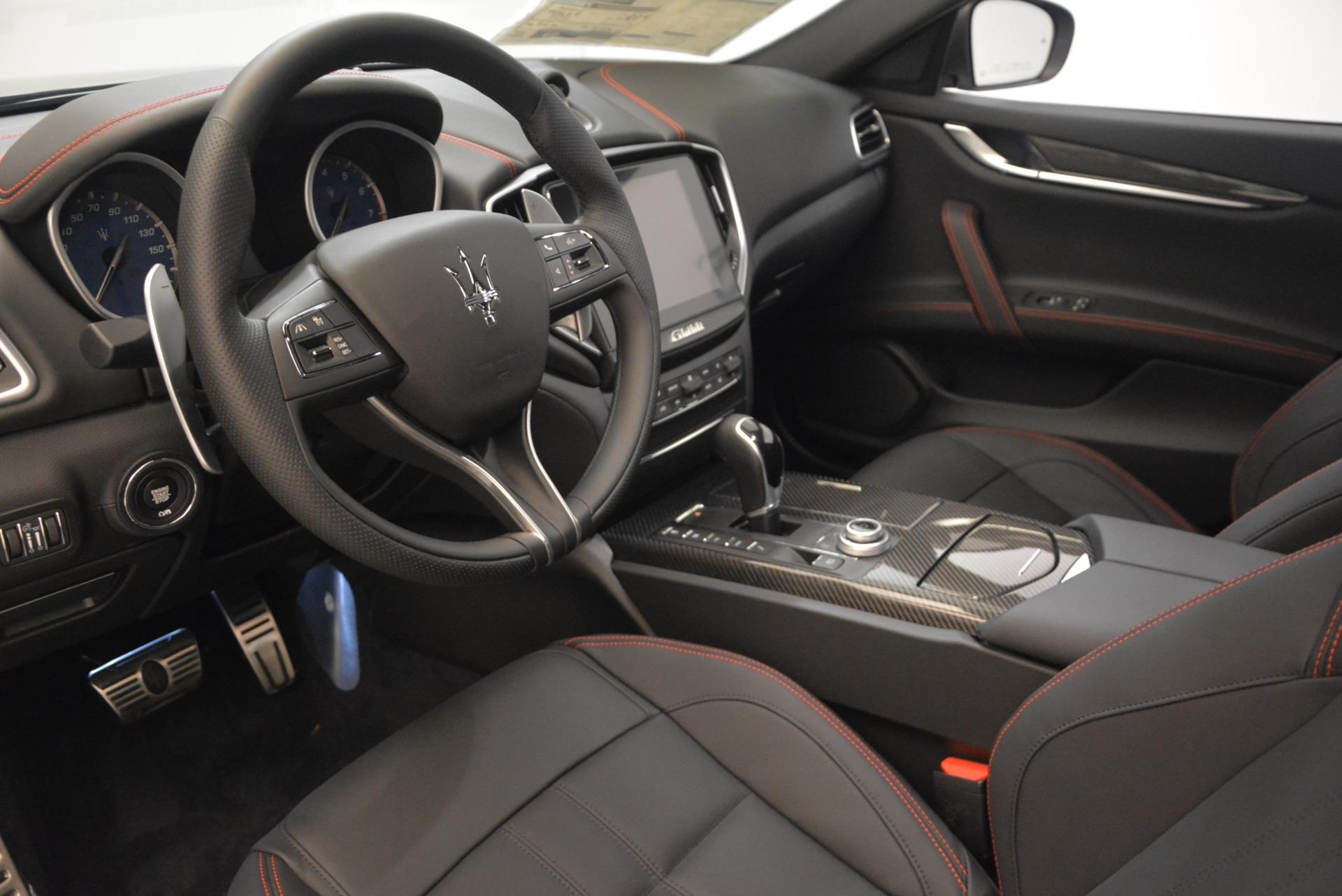 New 2018 Maserati Ghibli SQ4 GranSport Nerissimo For Sale In Westport, CT 2278_p13