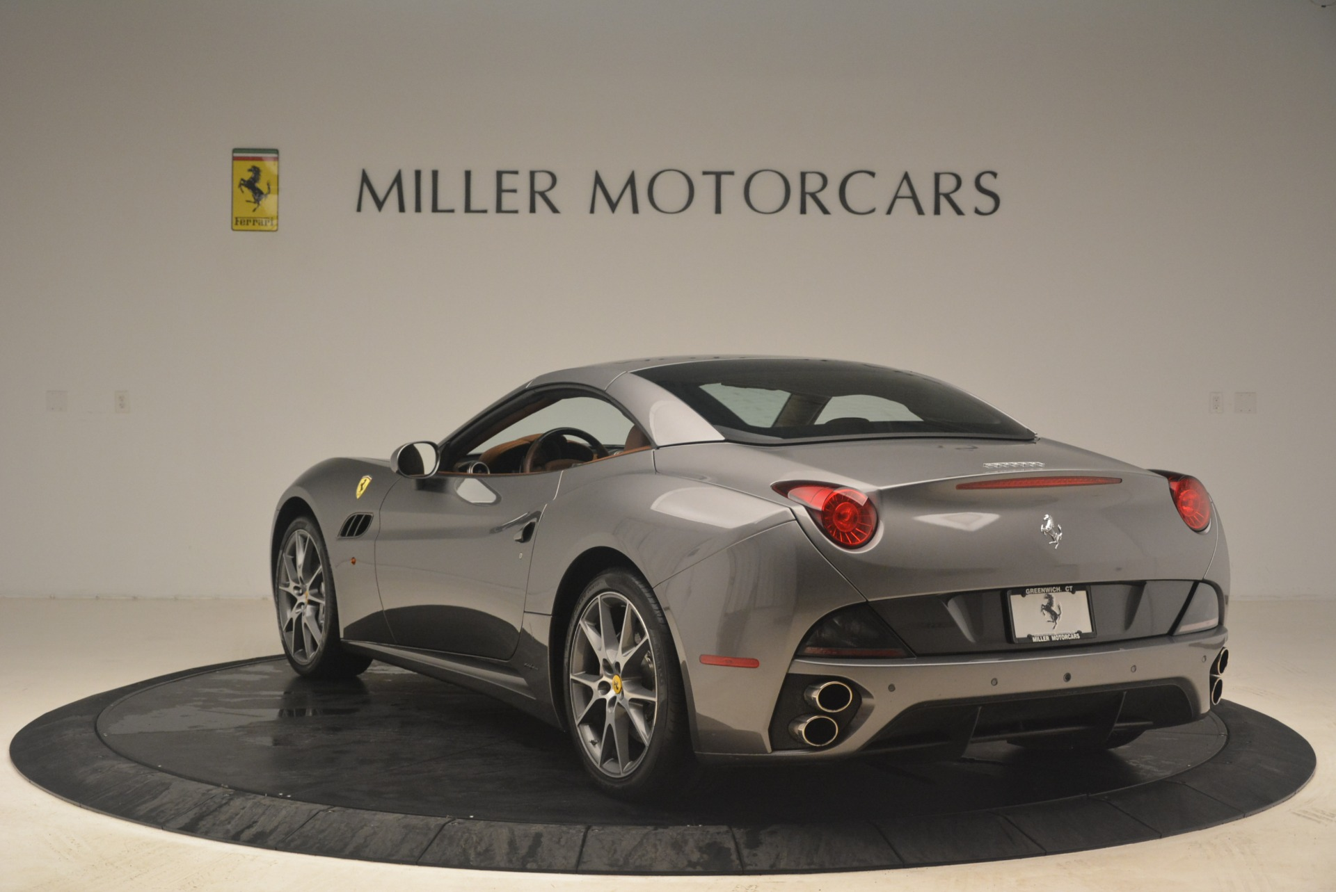 Used 2012 Ferrari California  For Sale In Westport, CT 2285_p17